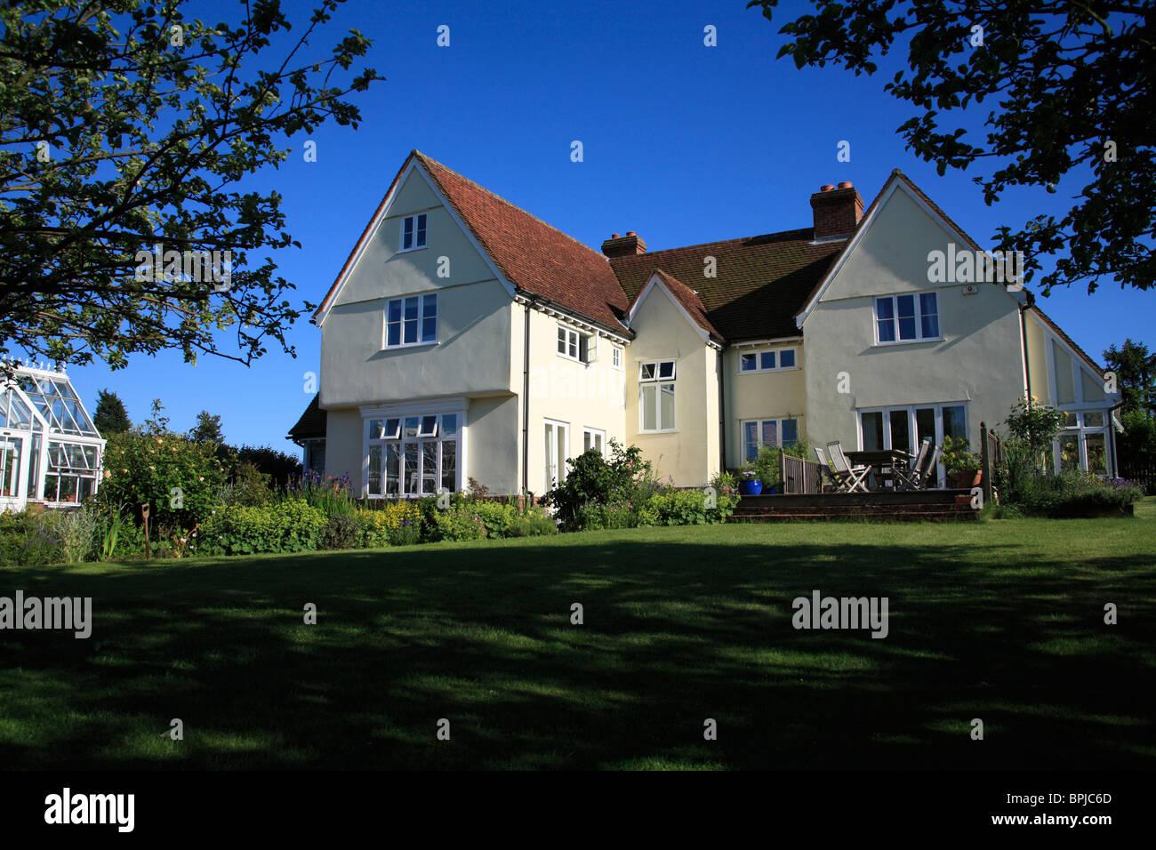 Ein modernes Haus in einer traditionellen Essex-Bauernhaus-Stil ...