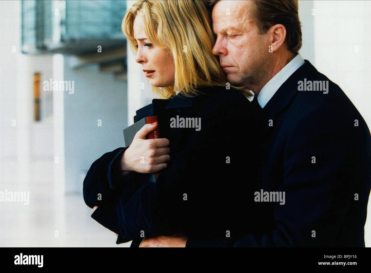 MARIA BONNEVIE & KRISTER HENRIKSSON REKONSTRUKTION (2003) Stockbild