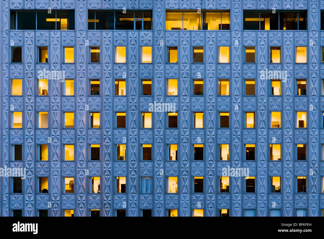 Das Mobil-Gebäude auf 42nd Street, New York City. Stockbild