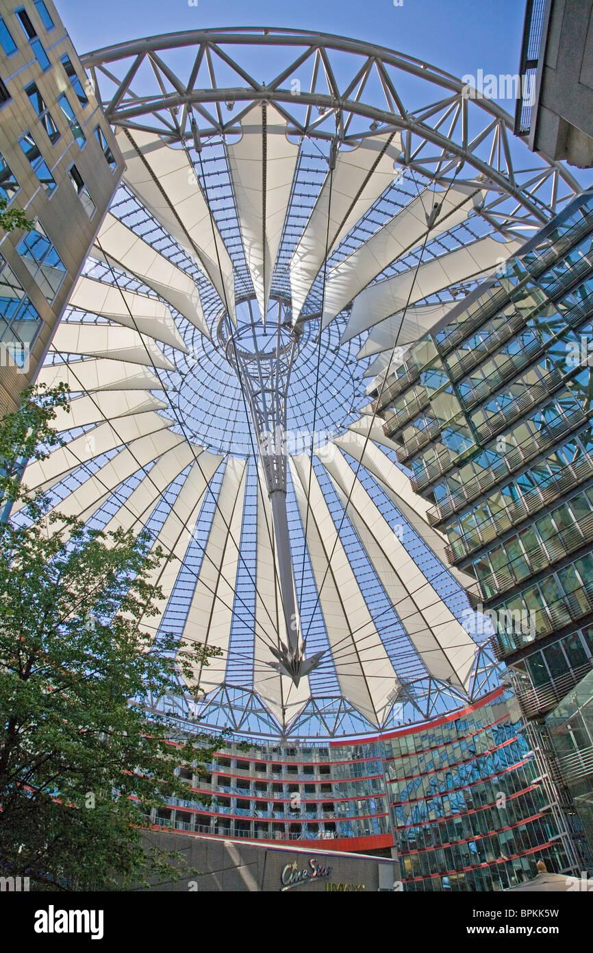Deutschland; Berlin; Europa; Sony Center am Potsdamer Platz Stockbild