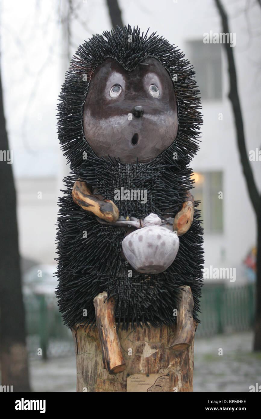 Cartoon Charakter Statue errichtet in Kiew Stockbild