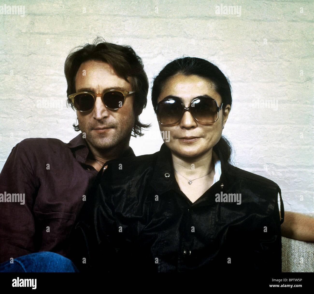 John Lennon Sunglasses Stockfotos & John Lennon Sunglasses Bilder ...