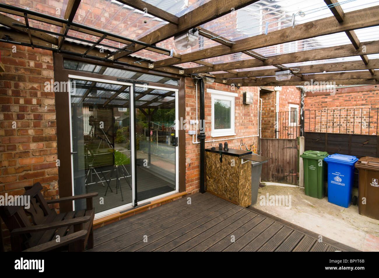Nach Hause Gebauten Terrasse Terrassendielen Mit Wellpappe
