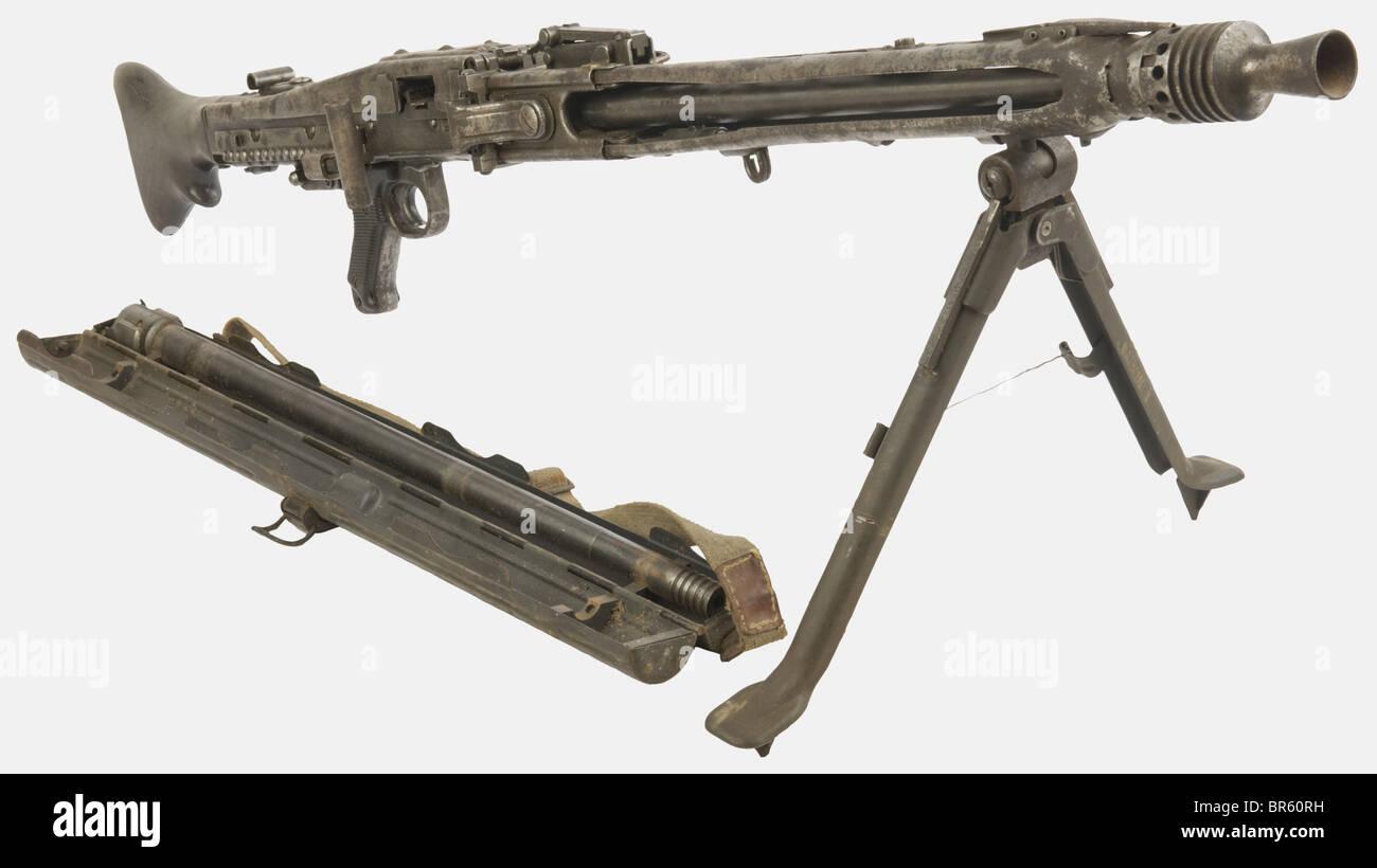 eine deutsche mg 42 maschinengewehr kaliber 7 92 x 57 seriennummer 9376b von bnz steyr. Black Bedroom Furniture Sets. Home Design Ideas