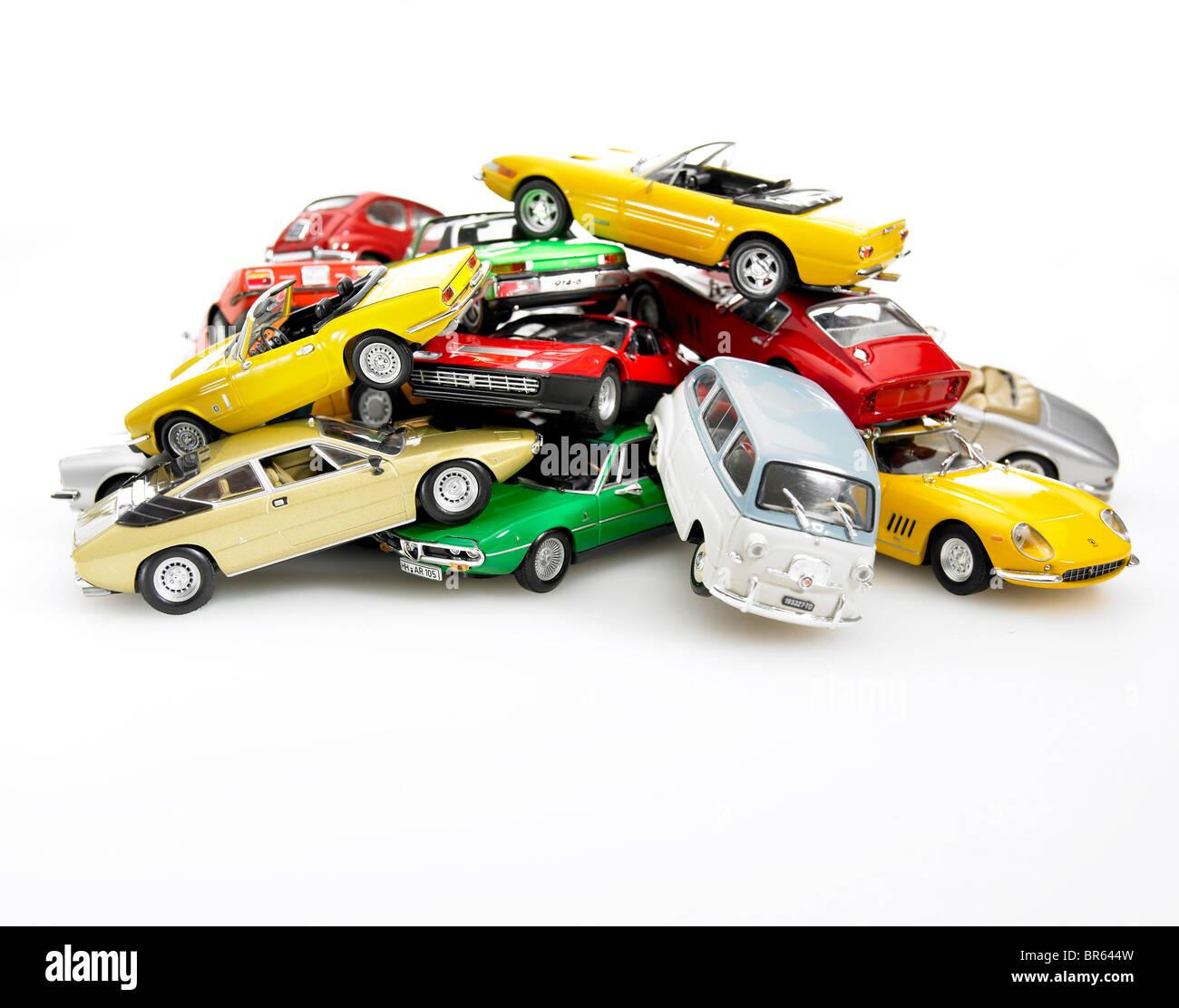 Haufen von Miniatur-Modellen. Stockbild