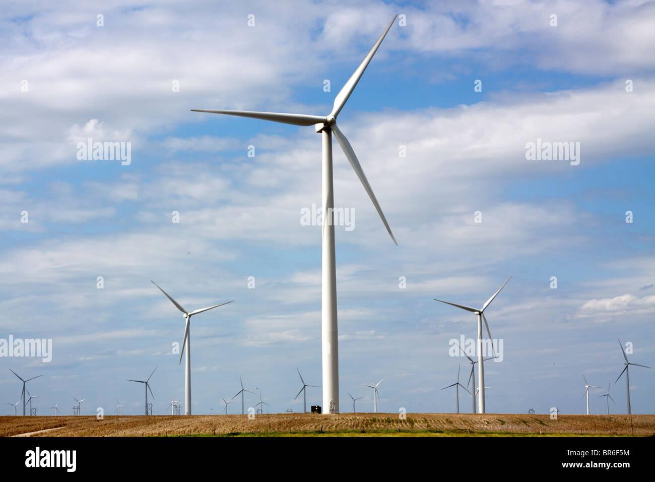 Windkraftanlagen Sie in der Nähe von Wichita, Kansas, 9. Mai 2010. Stockbild
