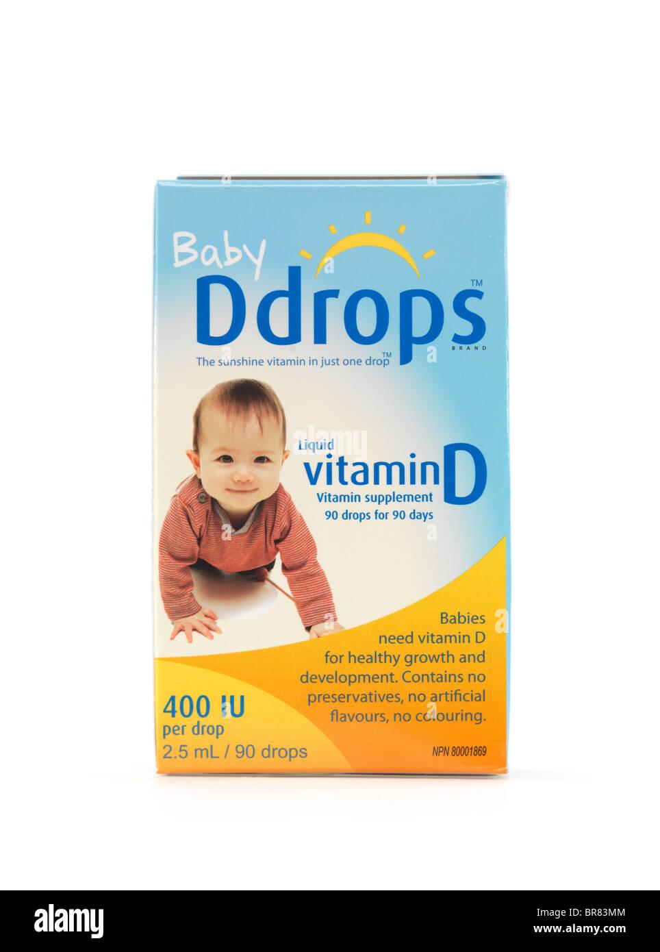 Flüssigkeit natürliches Vitamin D Tropfen Ddrops für Babys, die isoliert auf weißem Hintergrund Stockbild