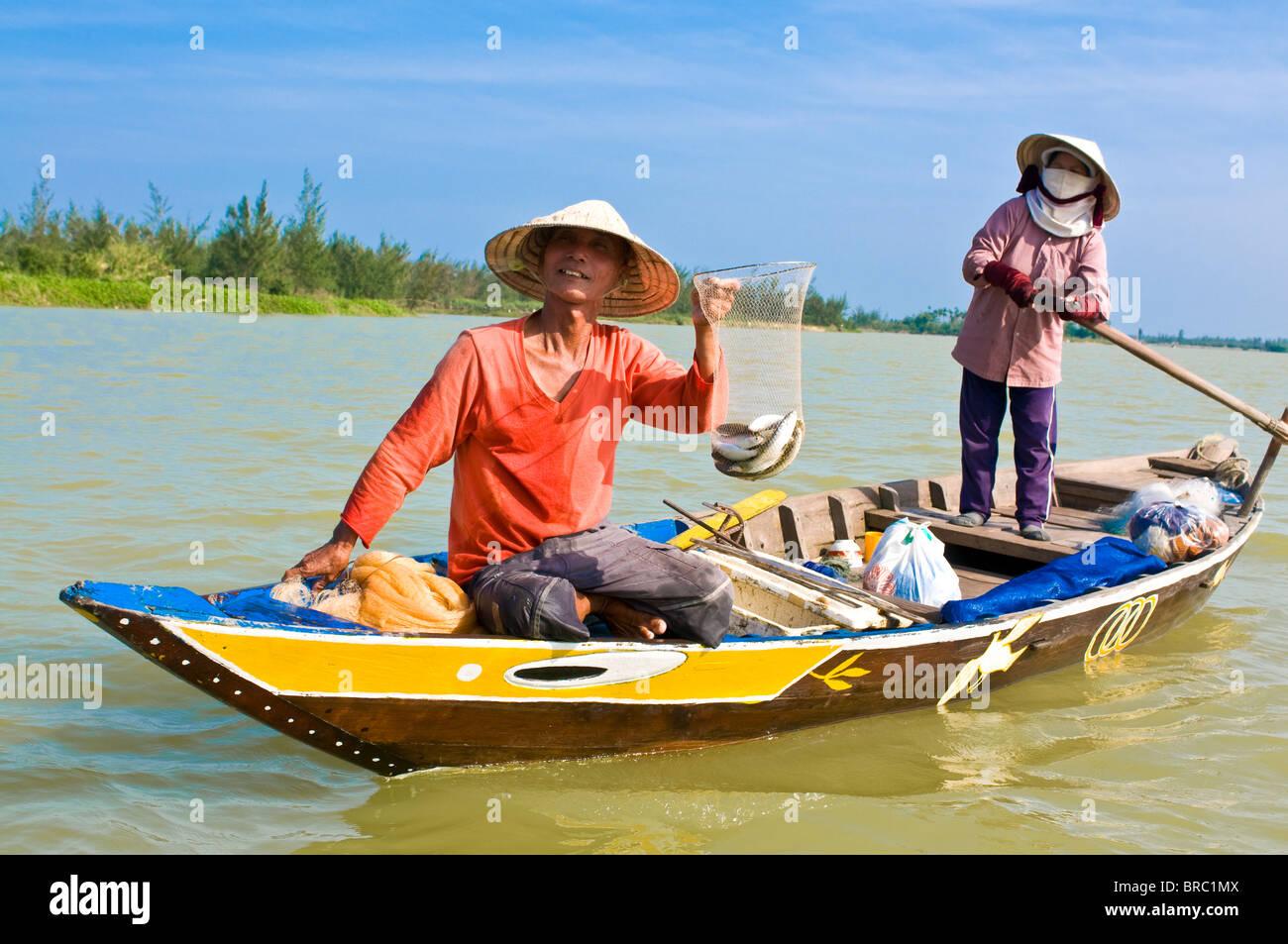 Traditionell gekleidete vietnamesischen Frauen Angeln, Hoi an, Vietnam, Indochina Stockbild