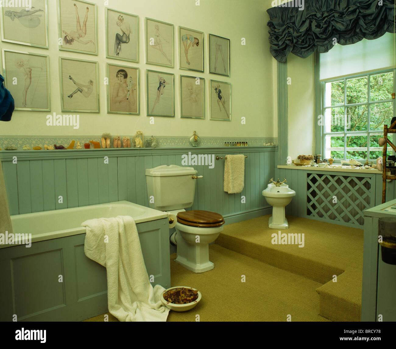 Fantastisch Sammlung Von Bildern Auf Wand über Bad Im Land Badezimmer Mit  Türkisfarbenen Zunge + Nut Dado Verkleidung