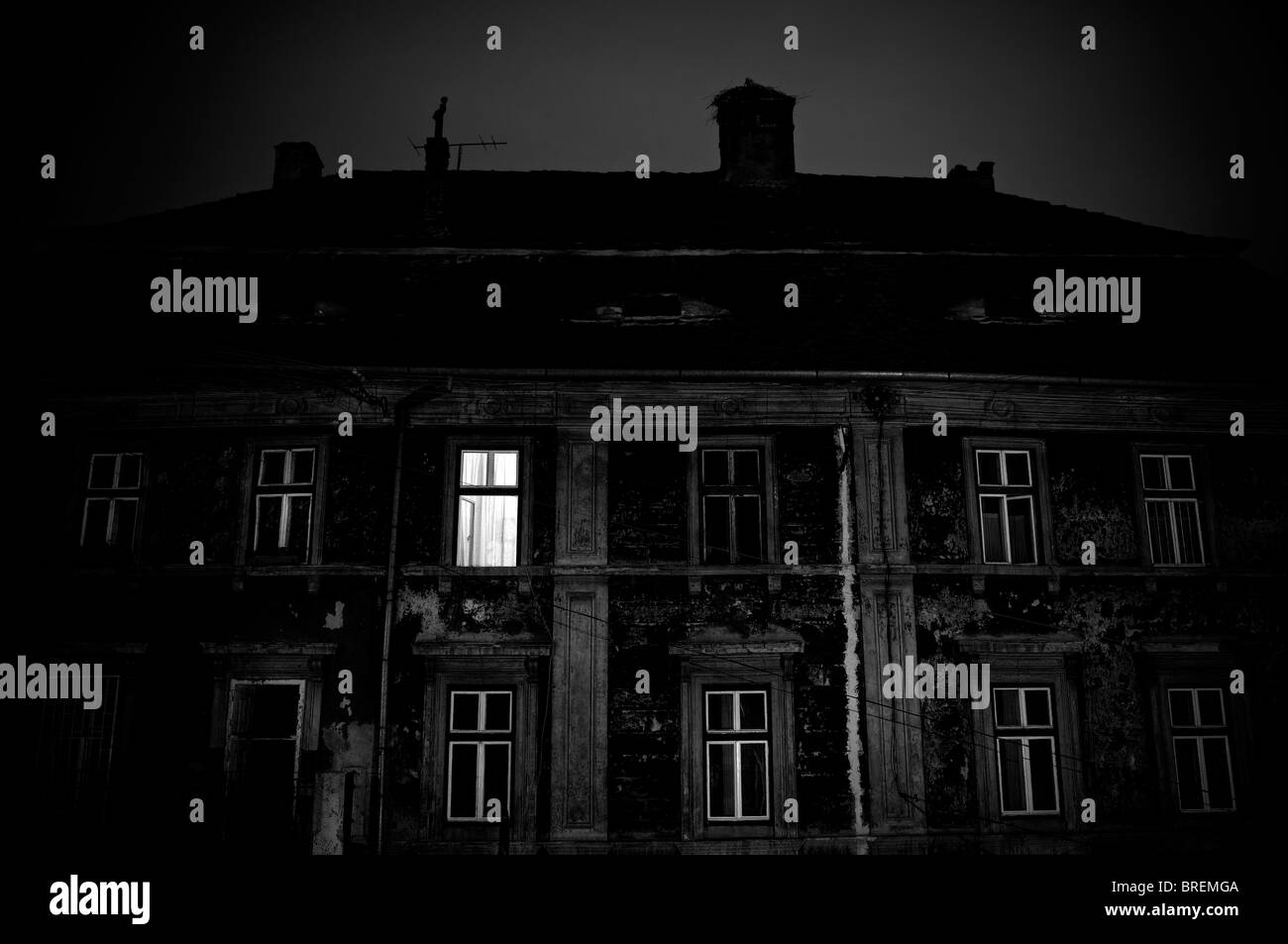 sinister stockfotos sinister bilder alamy. Black Bedroom Furniture Sets. Home Design Ideas