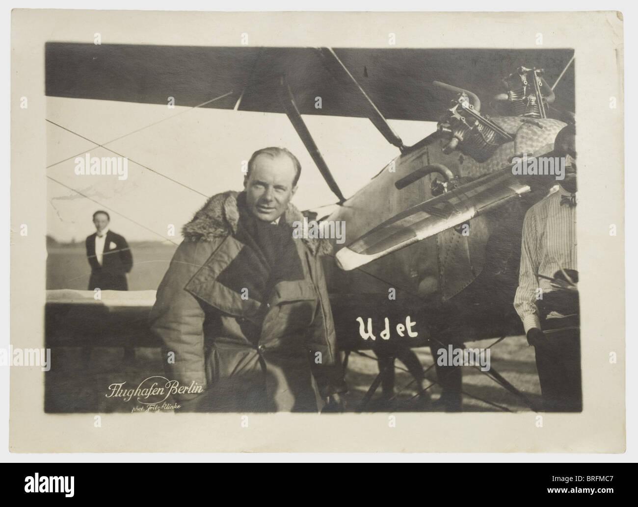 Ernst Udet - sieben Alben, von udet von Besitz, hauptsächlich aus der Zeit des Ersten Weltkriegs und die Dekade Stockbild