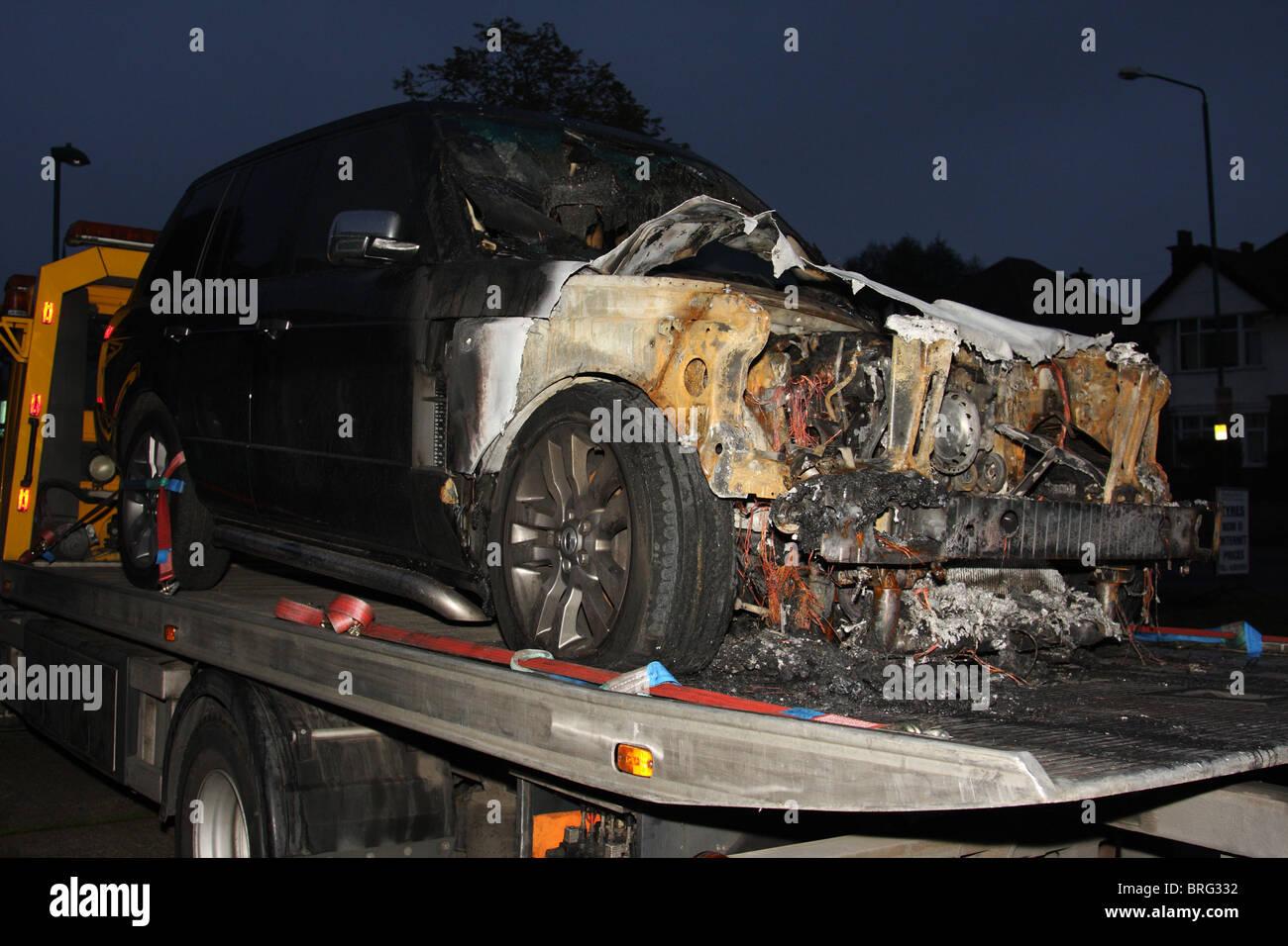 Ein Unfall beschädigt Range Rover für eine Erholung LKW in ...