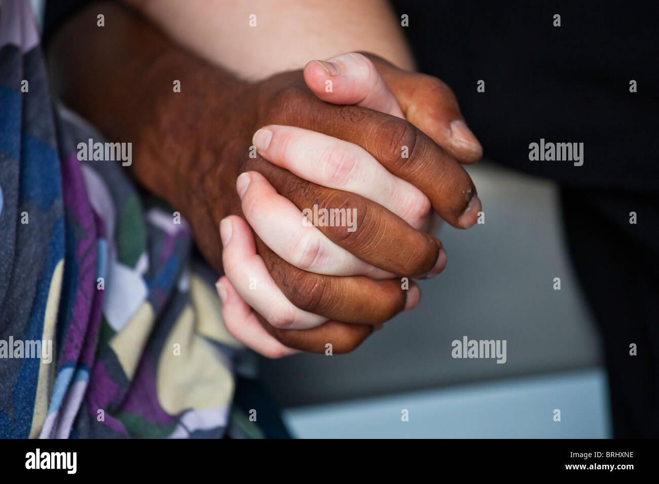 Schwule interrassische Dating-nyc