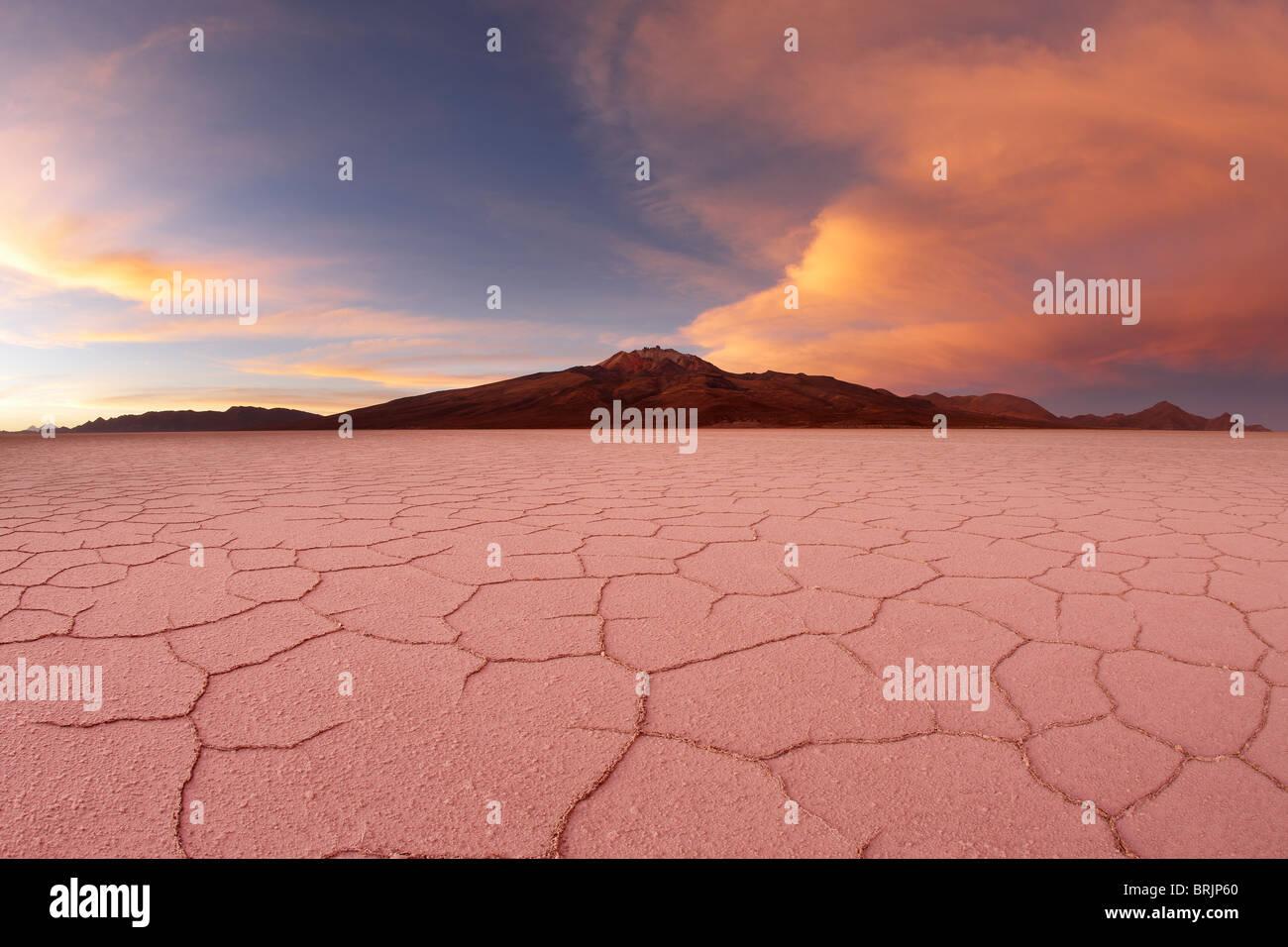 der Salar de Uyuni, Bolivien Stockbild