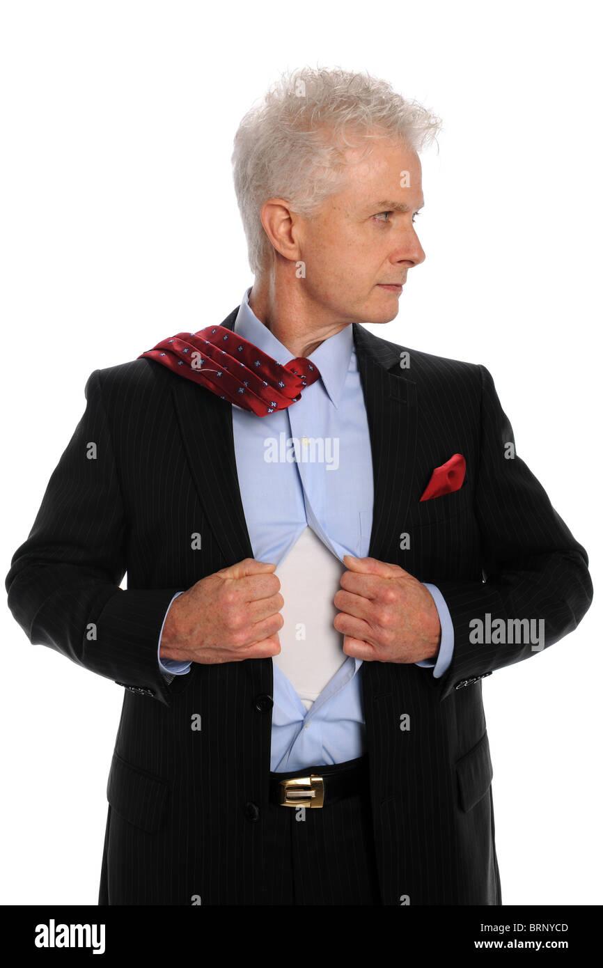 Porträt von reifer Geschäftsmann Eröffnung Shirt isoliert auf weißem Hintergrund Stockbild