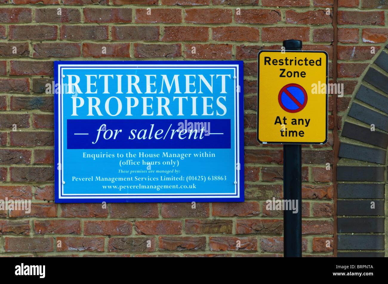 Ein Zeichen für Ruhestand Eigenschaften Stockbild