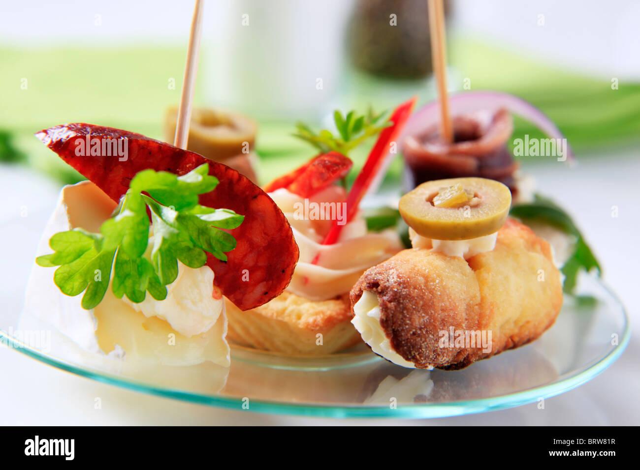 Verschiedene Arten von Fingerfood Stockbild