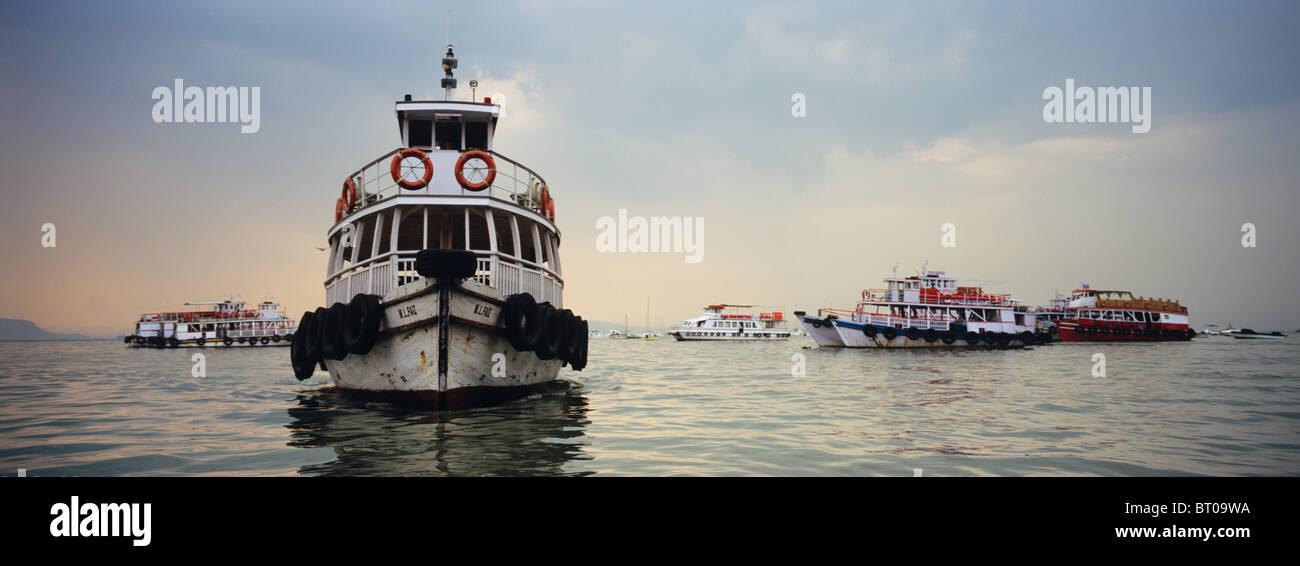 Indien, 2010-10-01, Boote Vor Mumbai © Gerhard Leber Stockbild