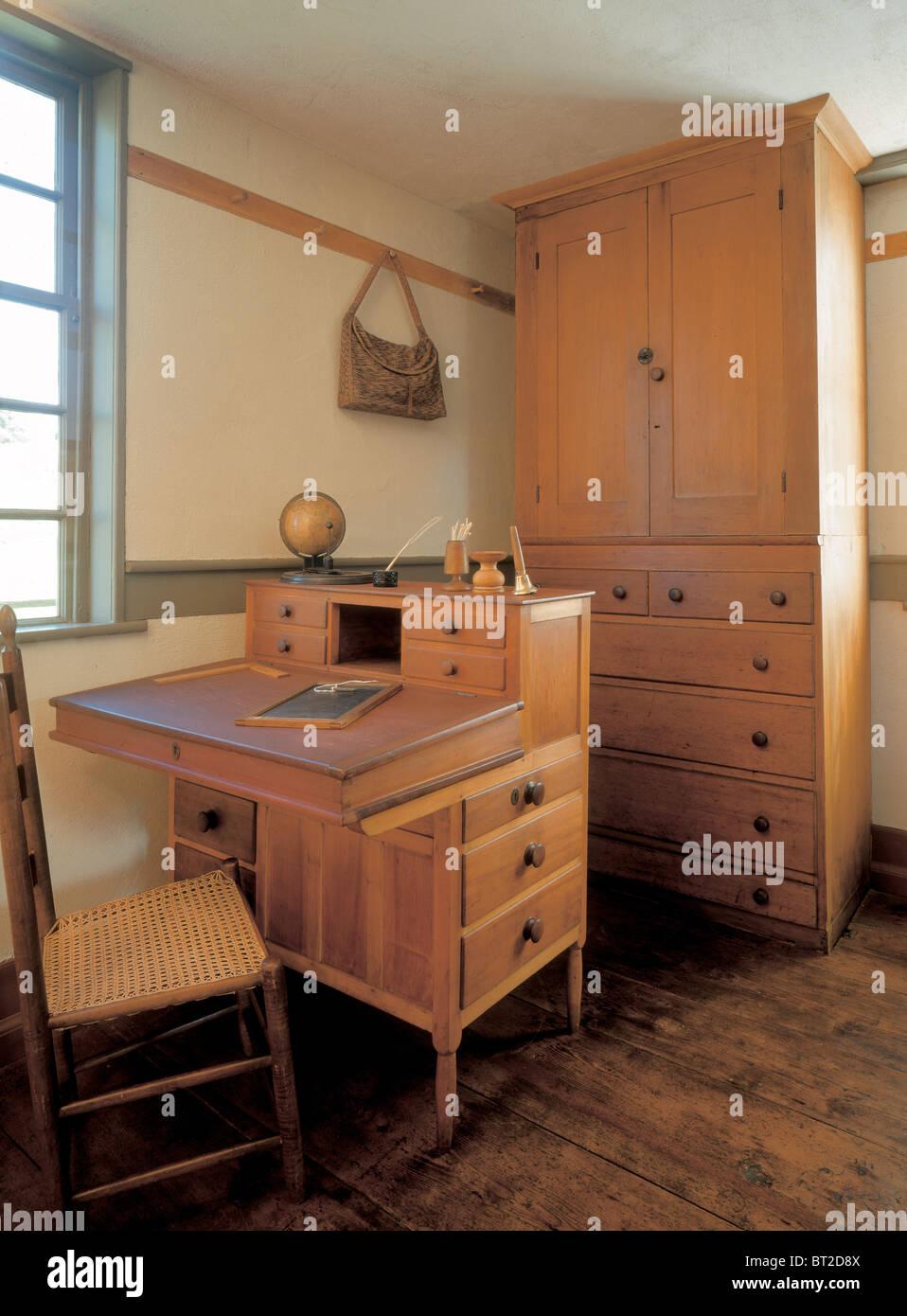 Shaker Möbel shaker möbel im fruitlands museum harvard stockfoto bild 32016458