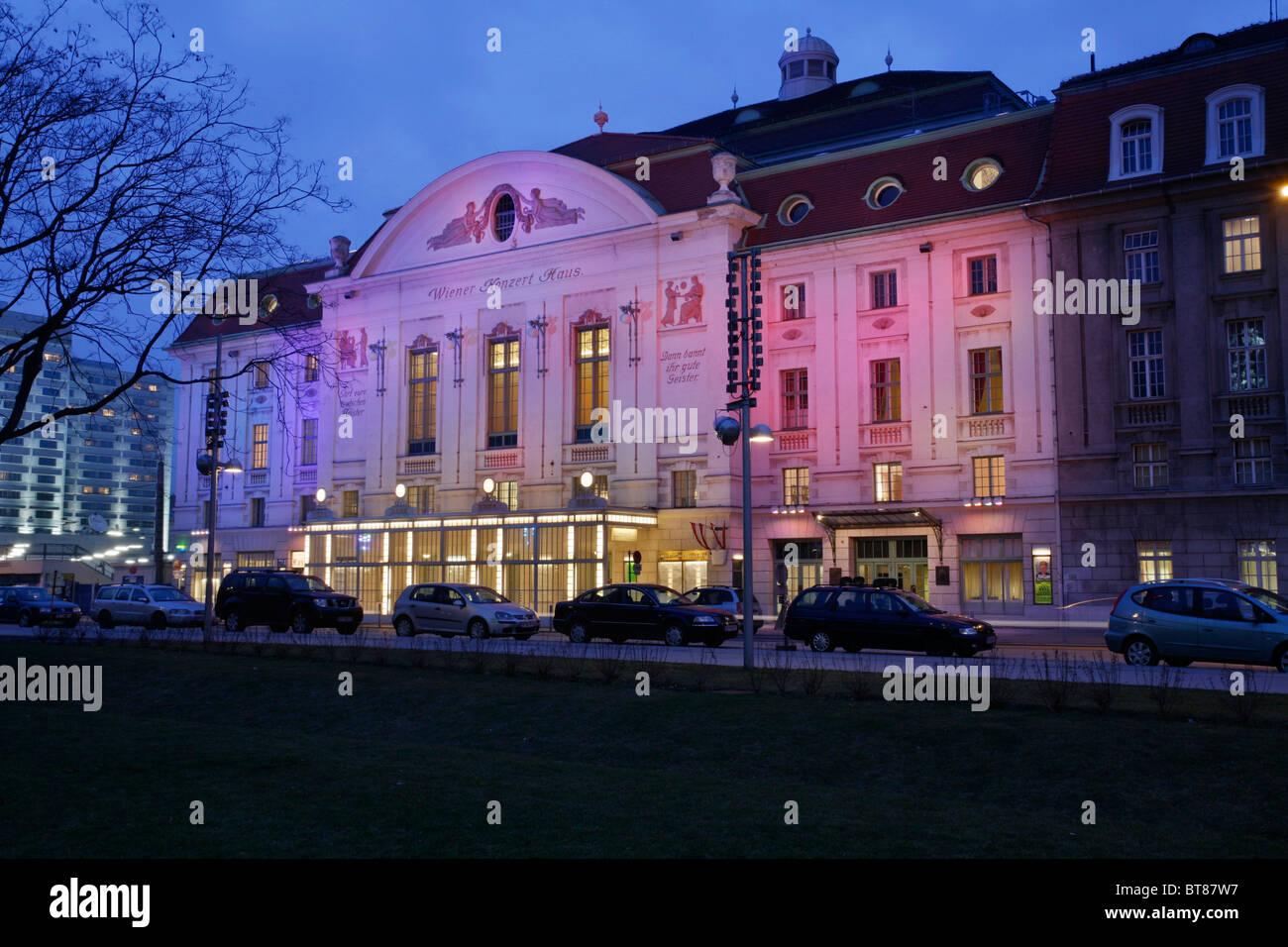 Konzerthaus Konzerthalle in Abend-Beleuchtung, Wiener Klassik, Lothringerstrasse 40, Wien, Österreich Stockbild