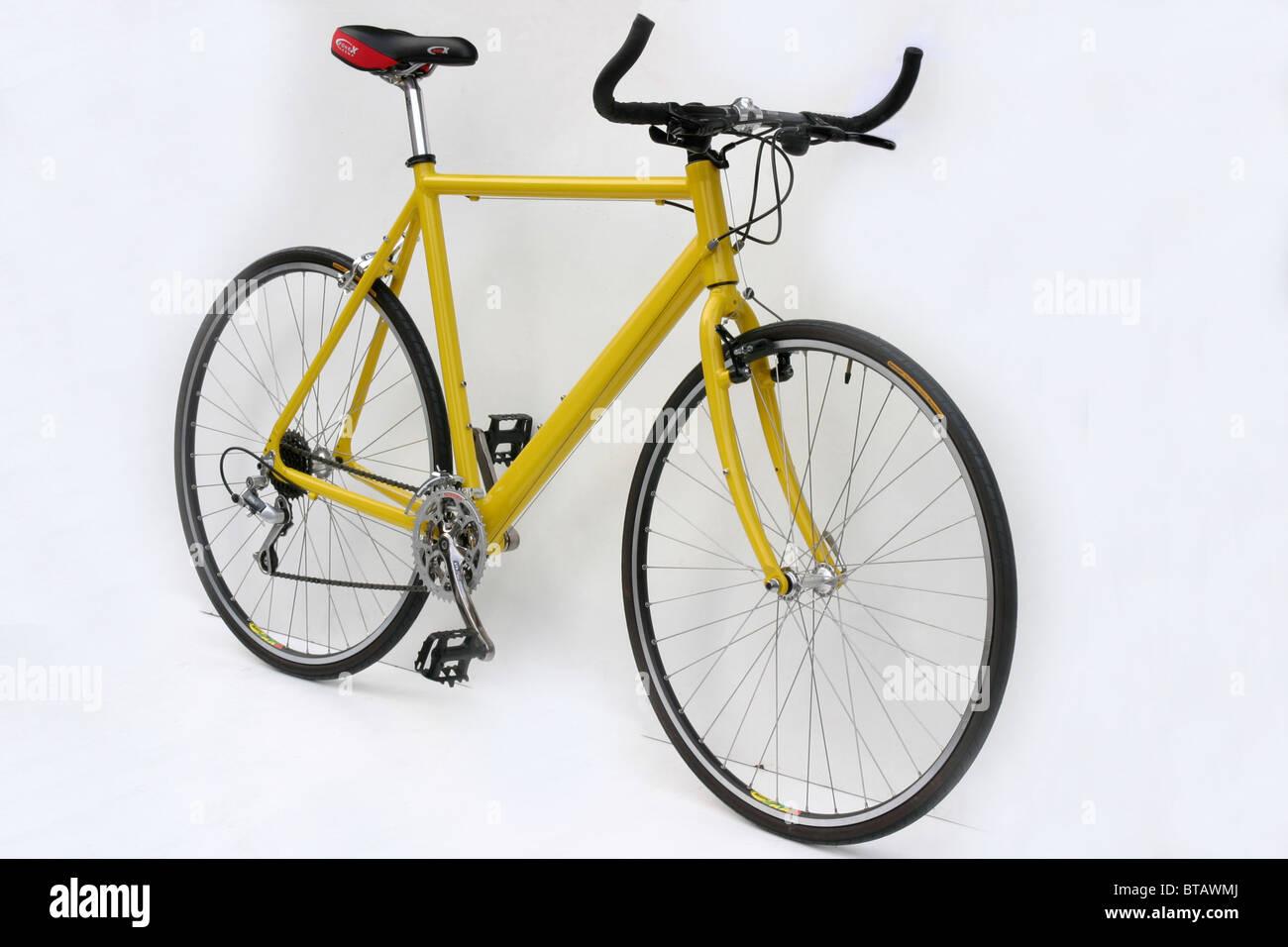 Ausschnitt der modernen leichten Legierung gerahmt gelbe Hybrid ...