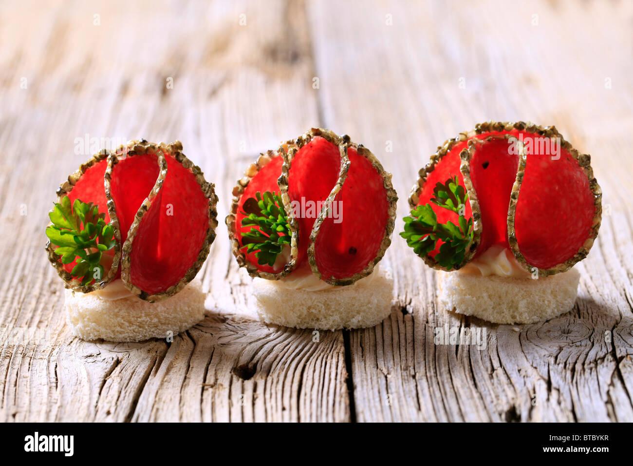 Salami Häppchen Stockbild