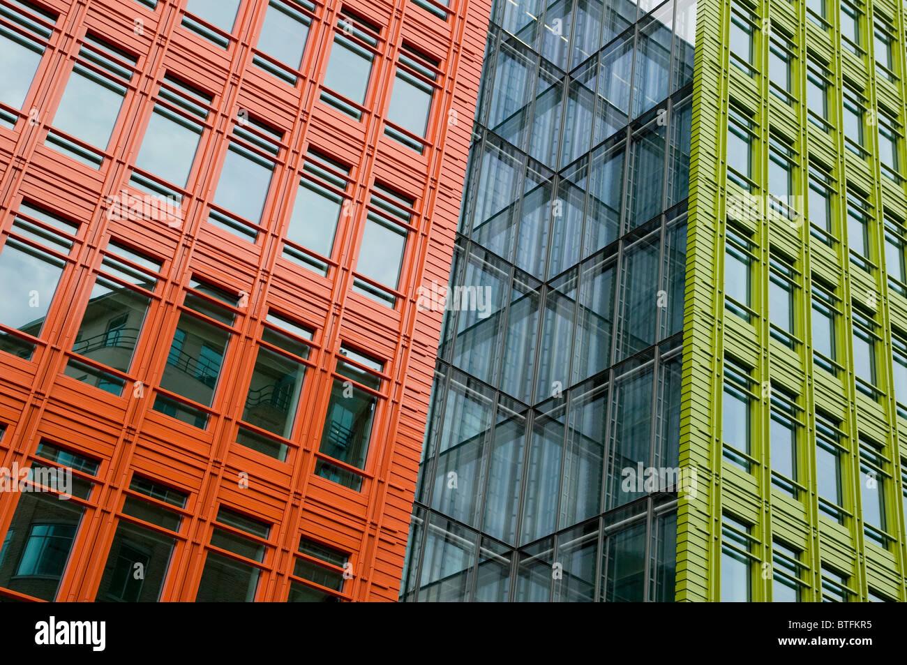 farbenfrohe moderne zeitgenössische Architektur, London, england ...