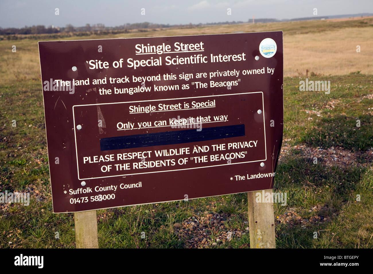 Zeichen vor Ort besonderes wissenschaftliches Interesse Shingle Street Suffolk England Stockbild