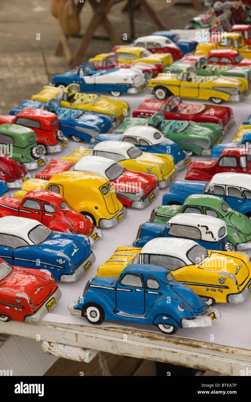 Pappmaché-Autos Stockbild