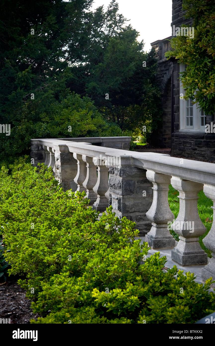 stein geländer zaun garten terrasse stockfoto, bild: 32394826 - alamy