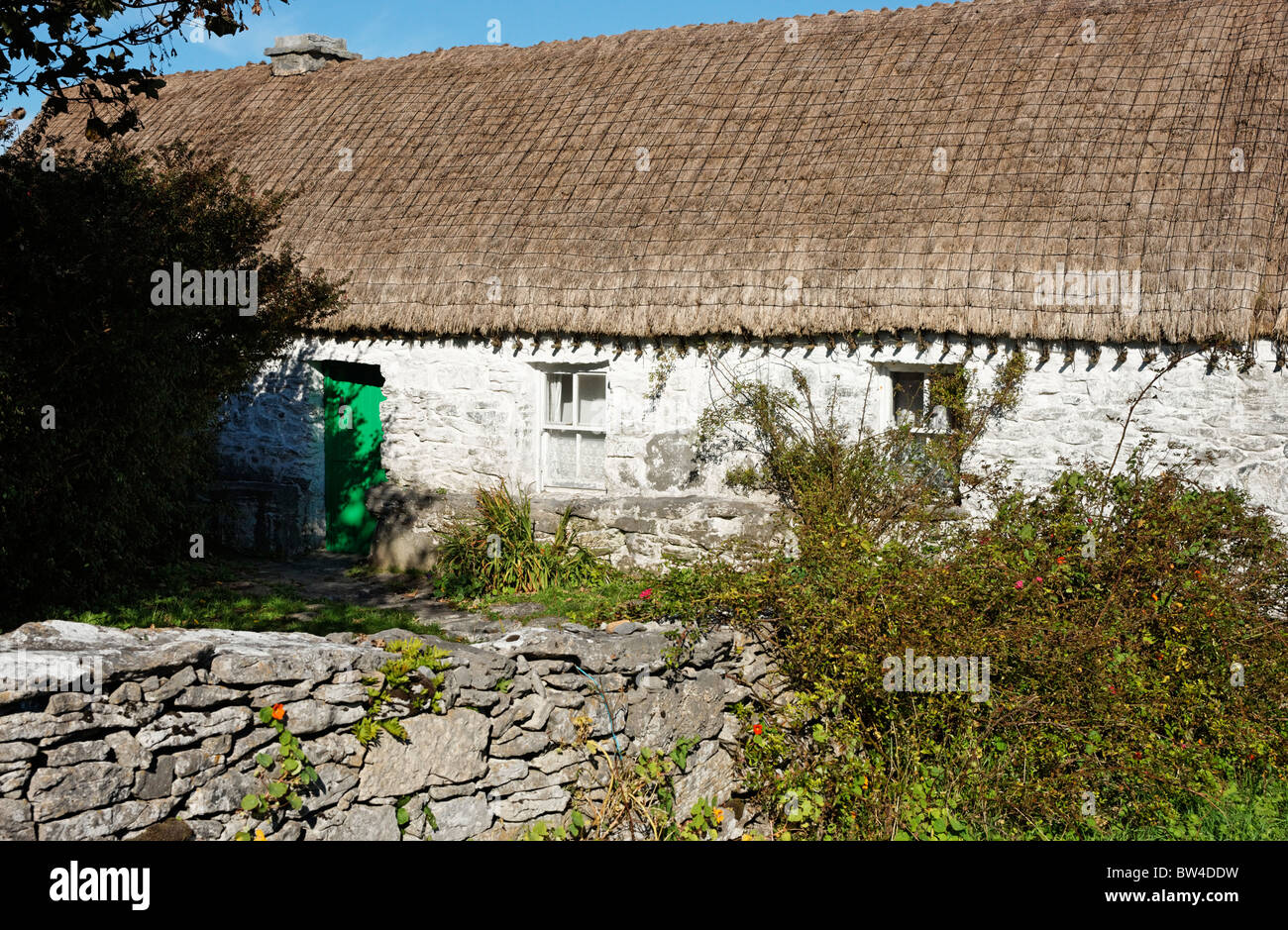 Synge, John Millington Synge Hütte in Carrownlisheen, Inis Meain, Aran-Inseln, County Galway, Connaught, Irland Stockbild