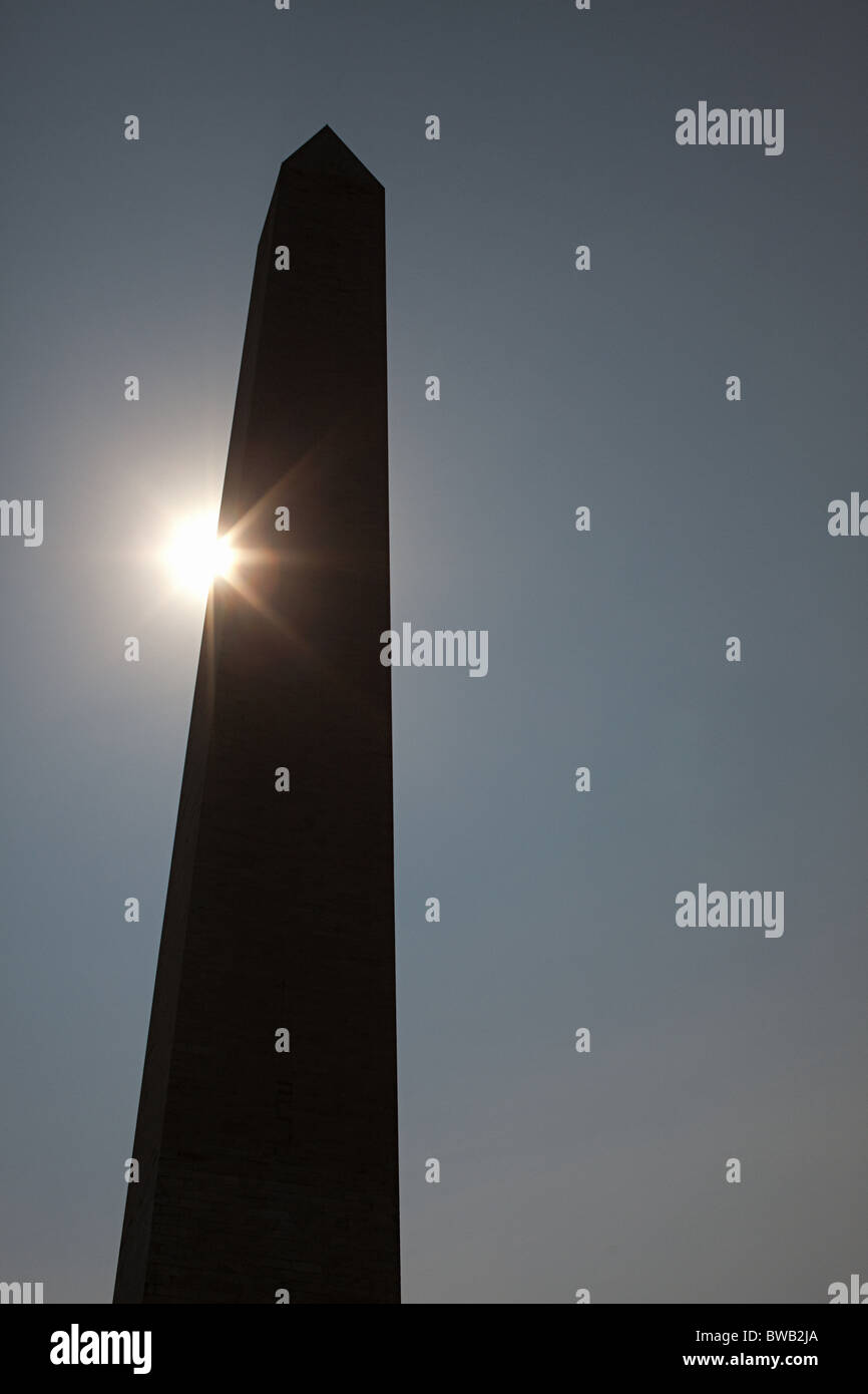 Sonnenlicht und Washington Monument, Washington DC, USA Stockbild