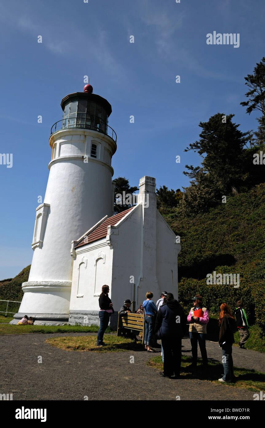 Haceta head Leuchtturm Florenz Oregon Usa Nordwest Pazifik Pazifik Sicht Menschen Warteschlange malerische Küste Stockbild