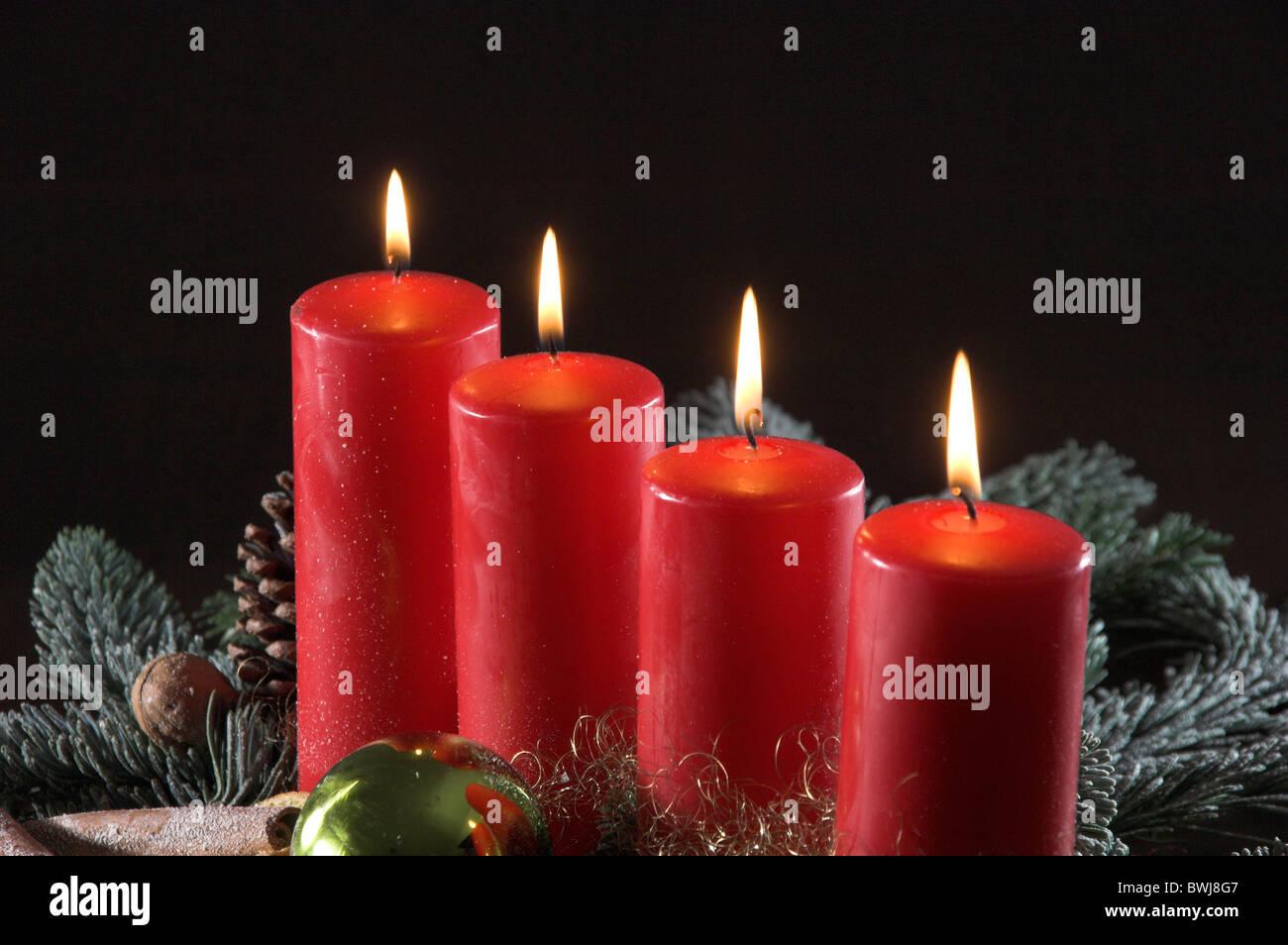 Advent kranz vierten advent kerzen dekoration schmuck - Dekoration advent ...