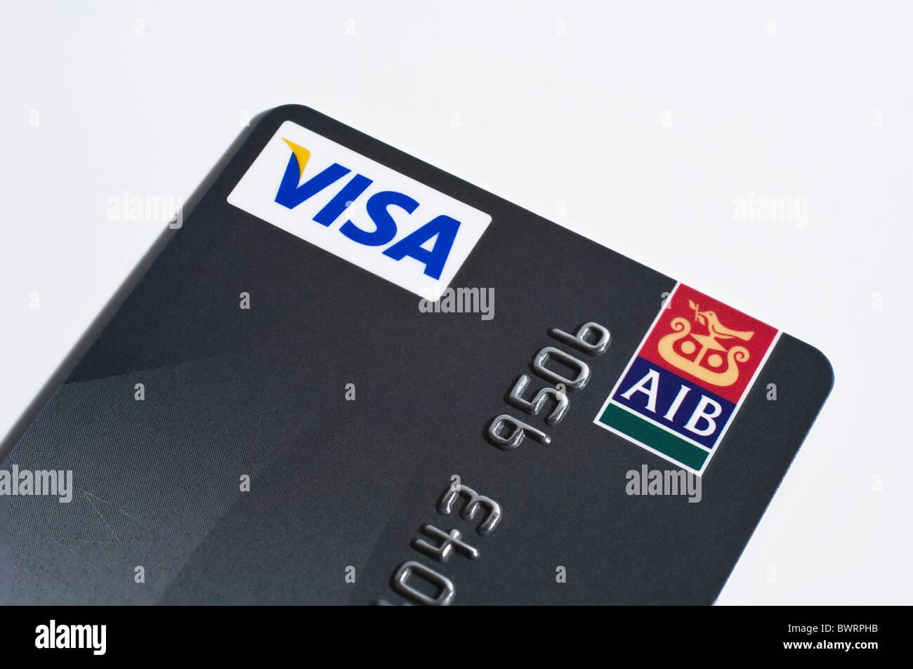Detail einer Allied Irish Bank Platin Visa Kreditkarte Stockbild