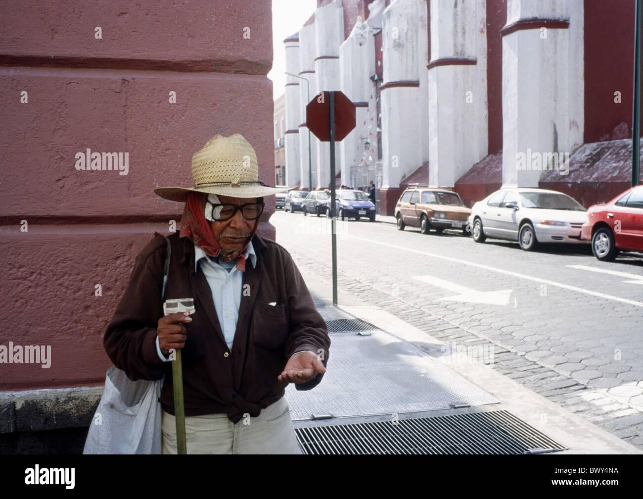 Armut betteln Bettler Bum Brille Hut Mexiko Mittelamerika ...