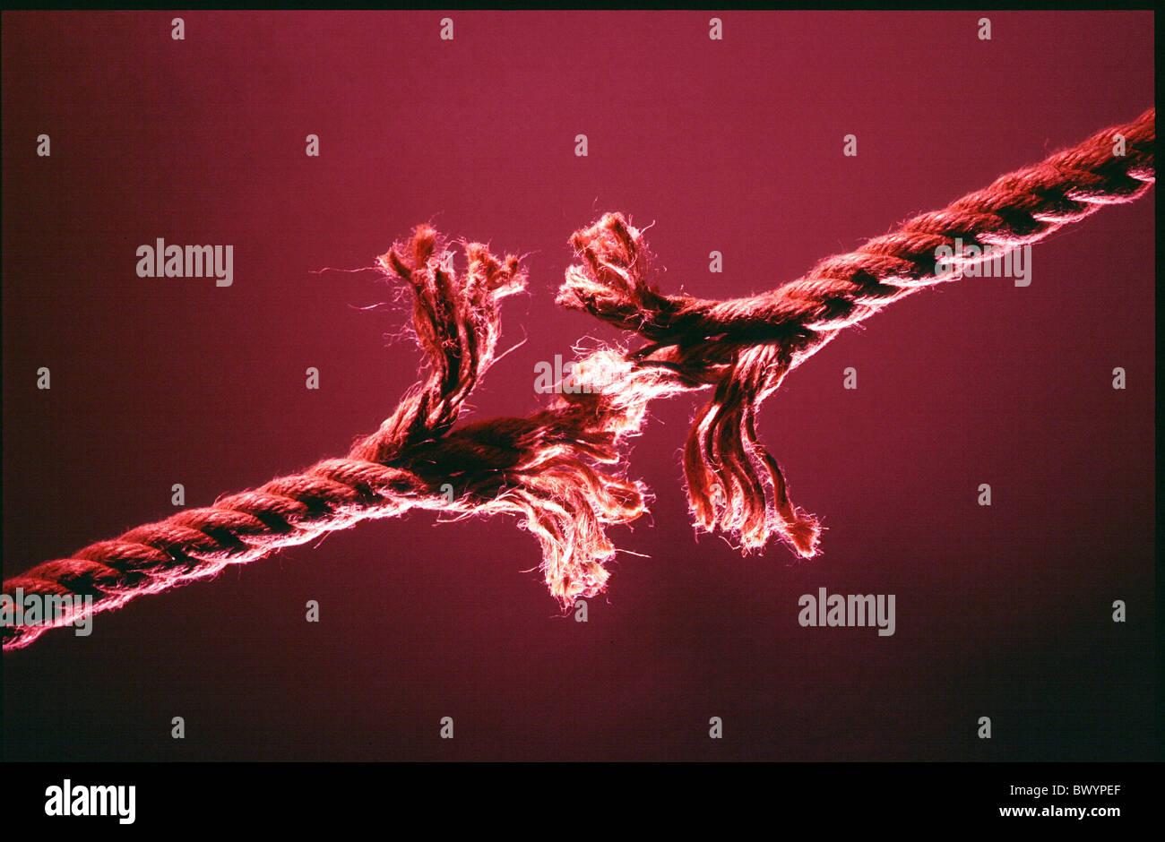 Tearing Rope Stockfotos & Tearing Rope Bilder - Alamy