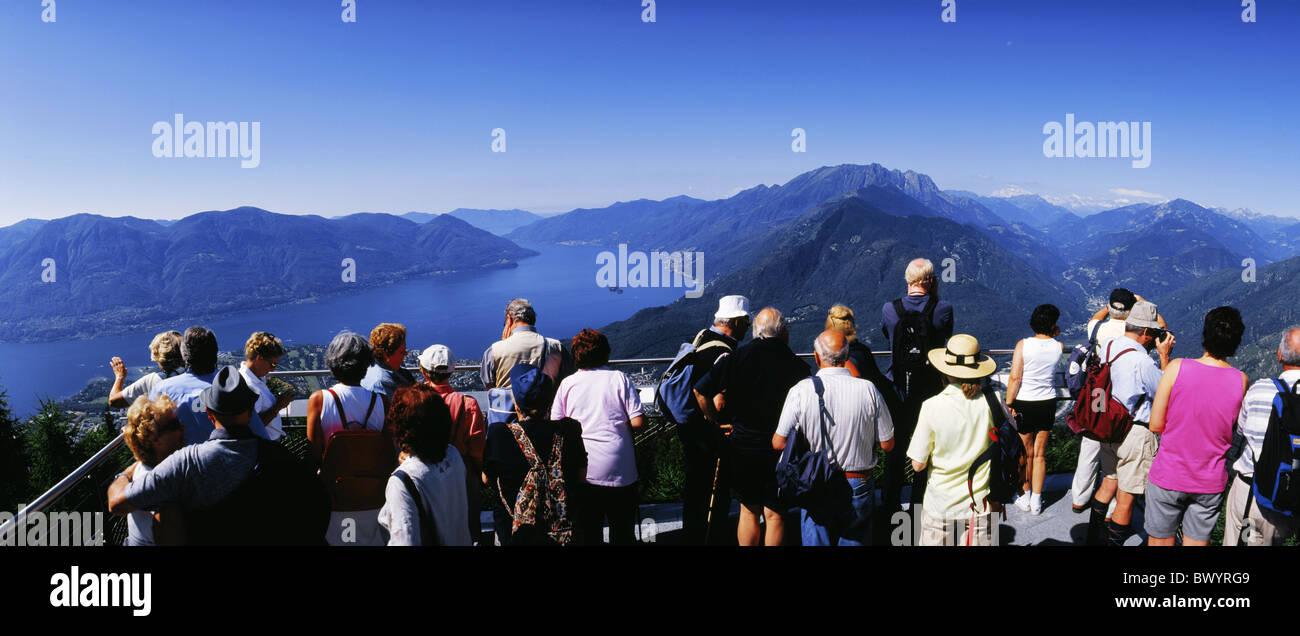 Person Terrasse Ansicht Terrasse Cardada Lago Maggiore See Sea Luzern Kein Model  Release Panorama Schweiz