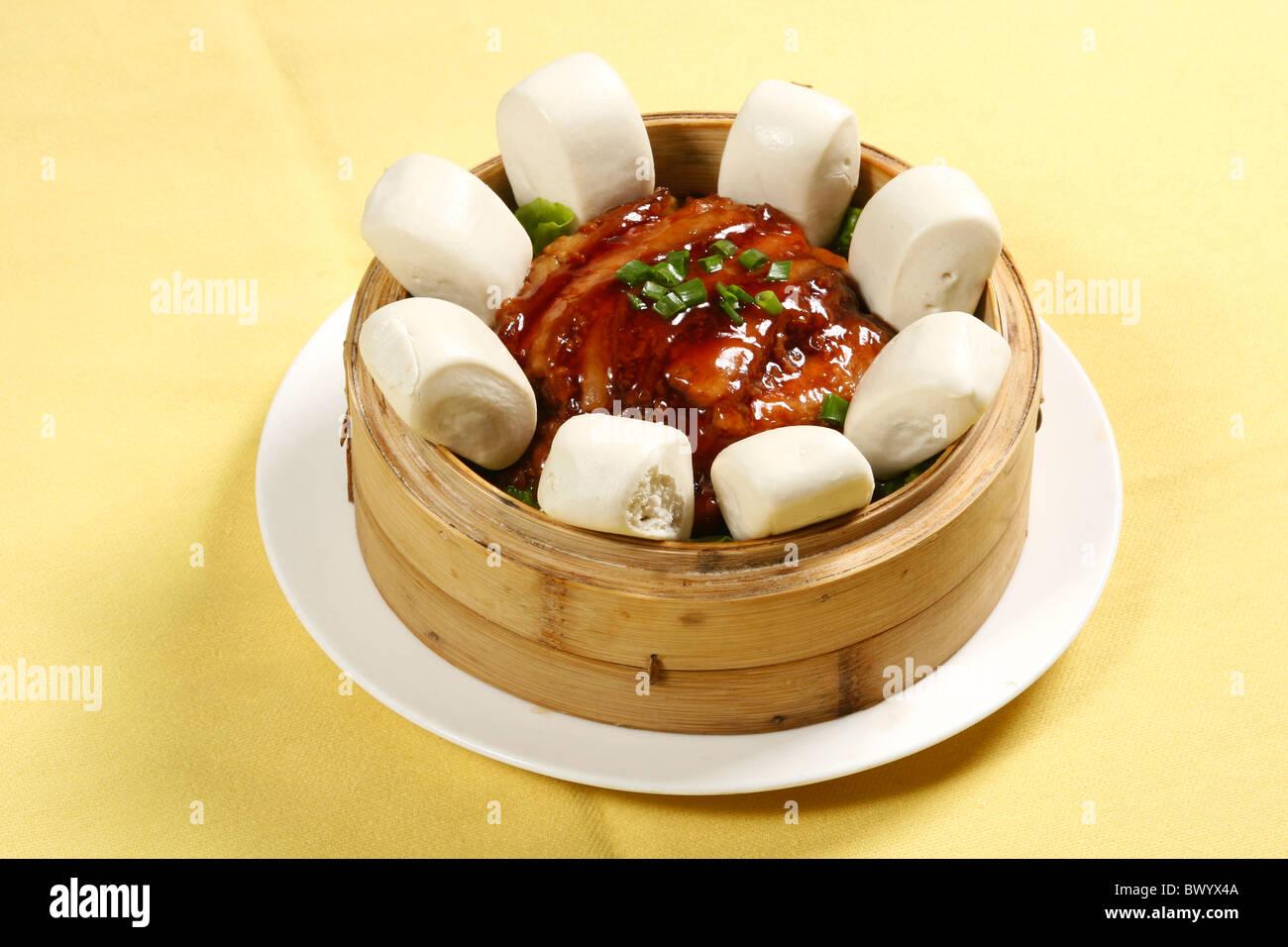 Steamed Pork Bun Stockfotos & Steamed Pork Bun Bilder - Alamy