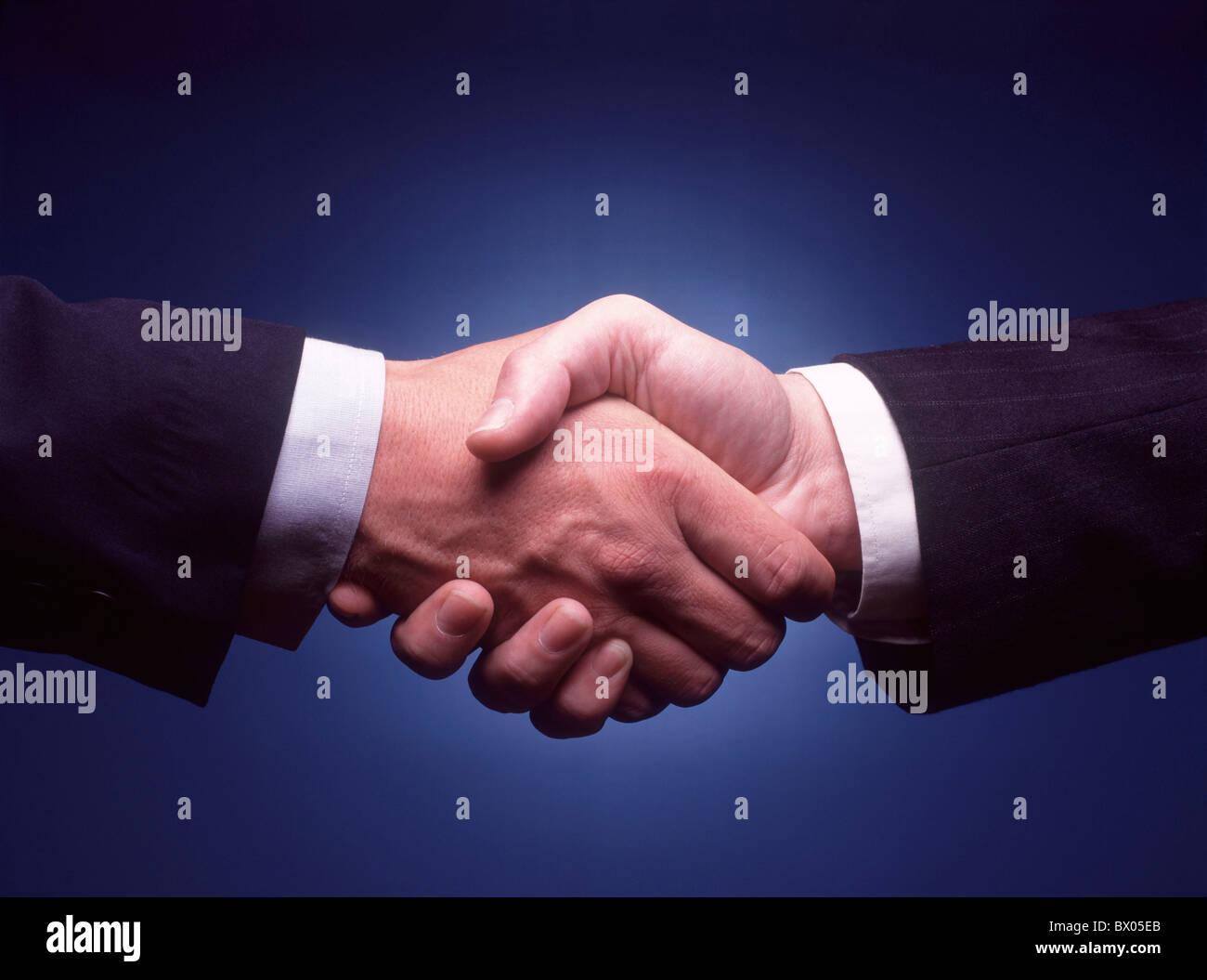 Vereinbarungen Angebote Nachkommen Geschäft Geschäft Geschäft Handel Geschäft Welt Gemeinschaft Handshake Handel Stockfoto