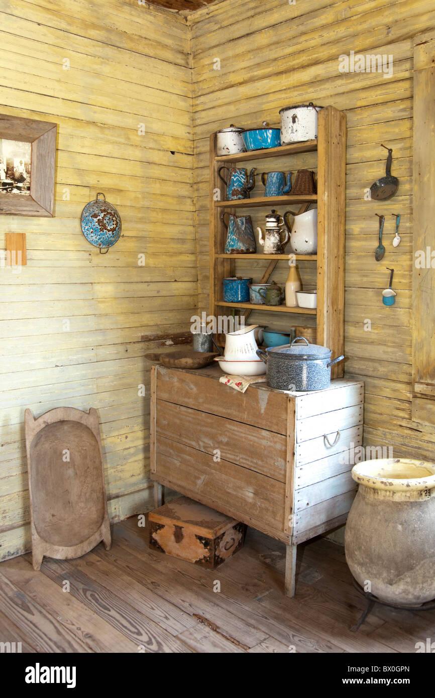 Slave Viertel auf Laura Plantation in Louisiana, zum einer kreolischen Familie und heute ein beliebtes Touristenziel. Stockfoto