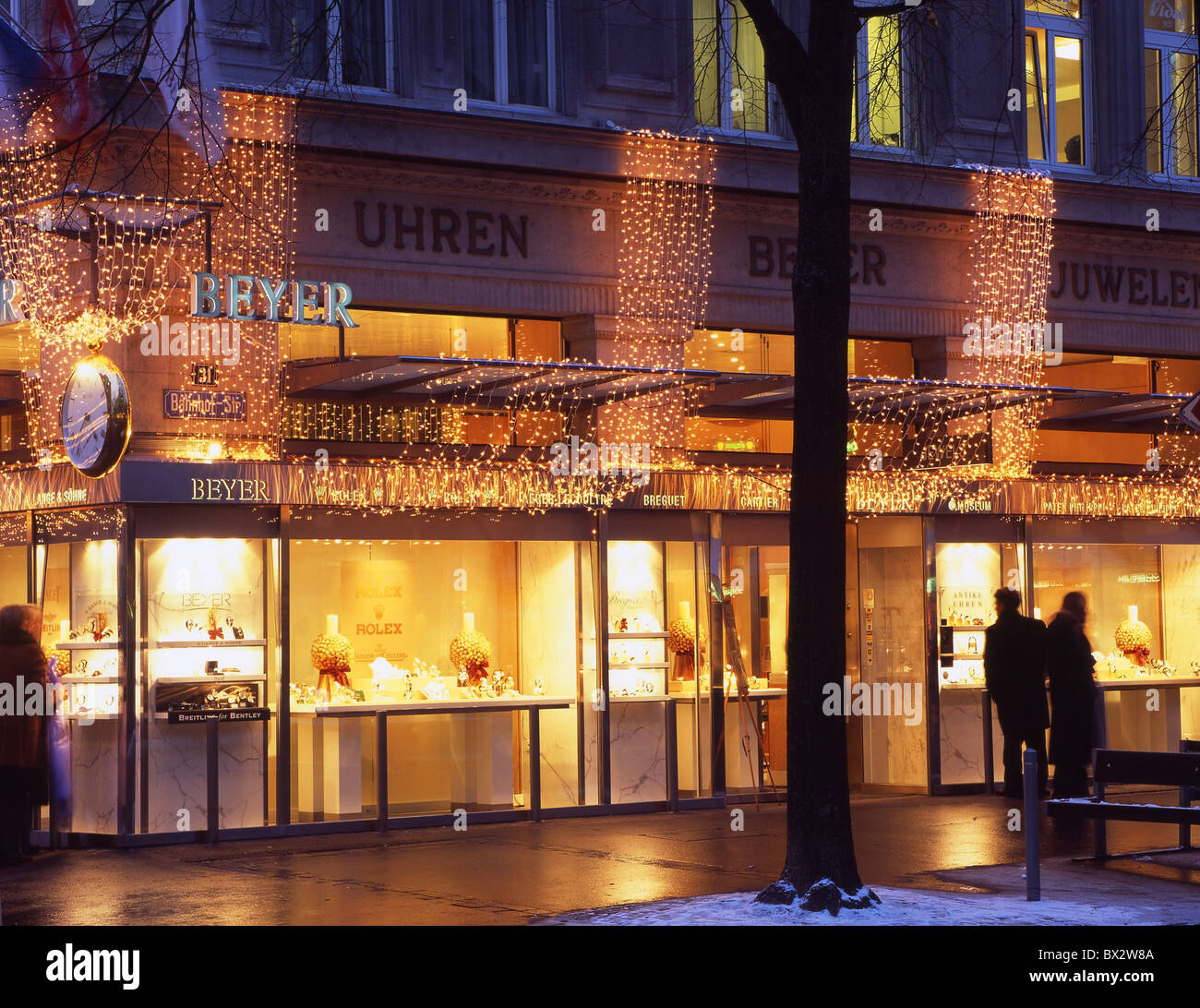 zurich town city christmas bahnhofstrasse stockfotos. Black Bedroom Furniture Sets. Home Design Ideas