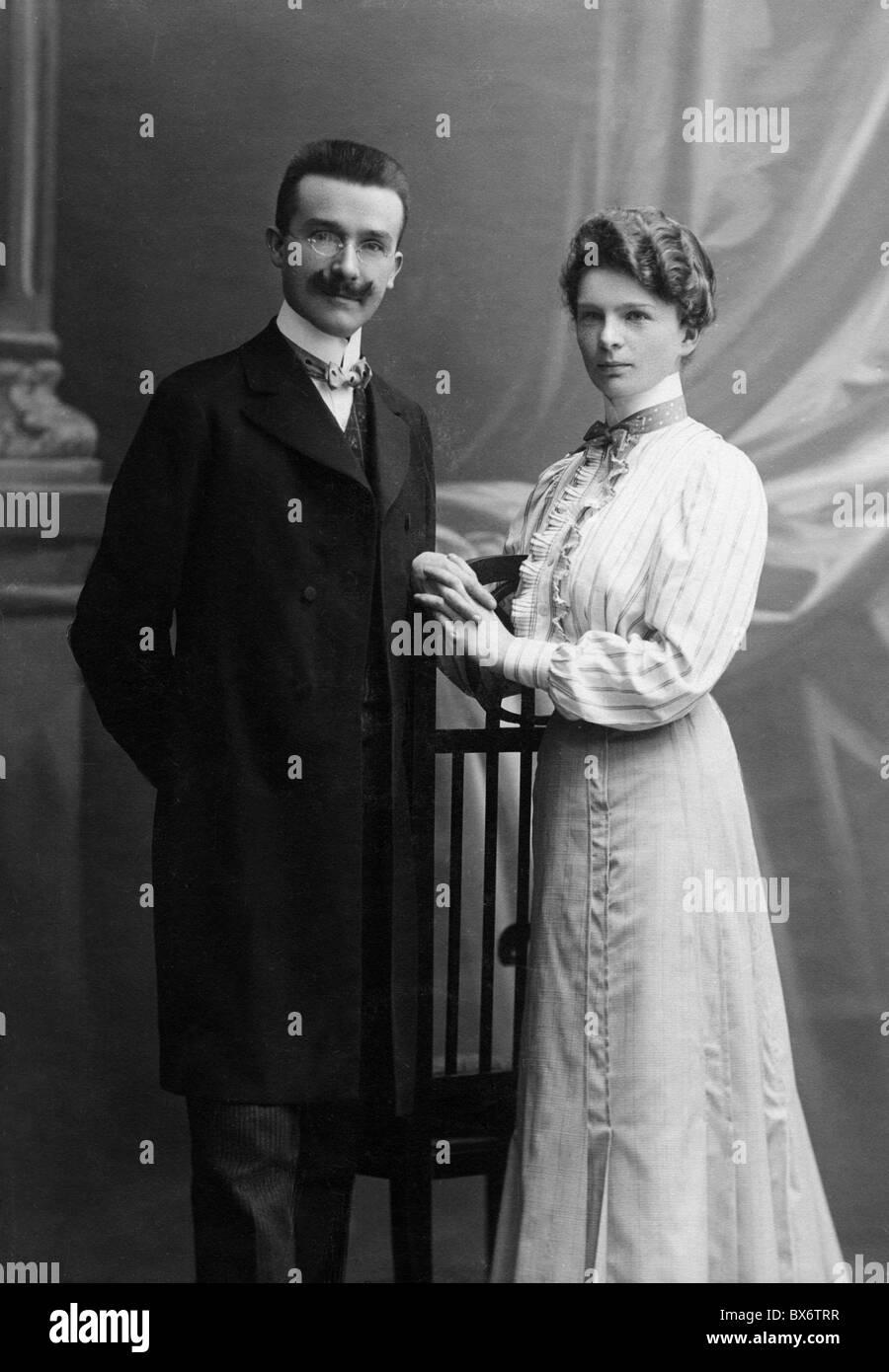 mode der 1900er jahre stockfotos und -bilder kaufen - alamy