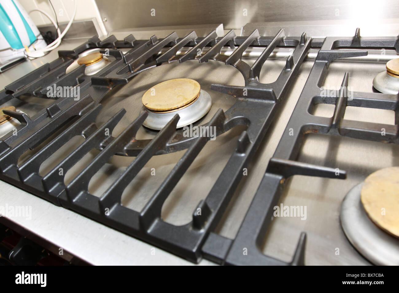 Profi-Küche Herd Gasherd Stockfoto, Bild: 33354814 - Alamy