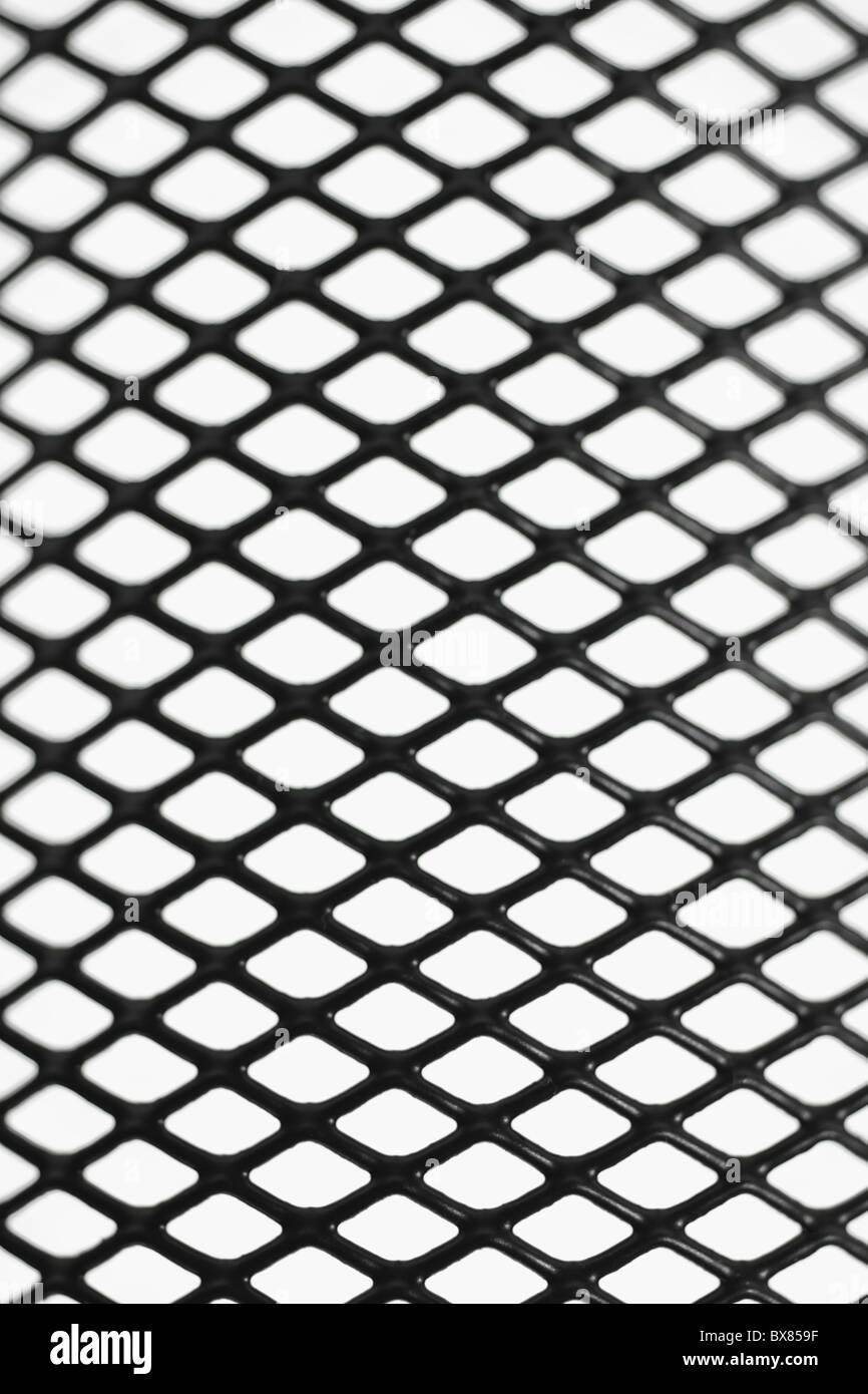 Schwarzer Draht Mesh-Muster auf weißem Hintergrund Stockfoto, Bild ...