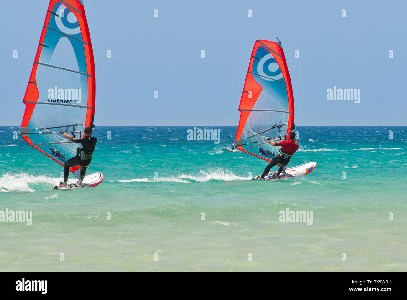 Windsurfen-Aktion auf Fuerteventura, Kanarische Inseln Stockbild