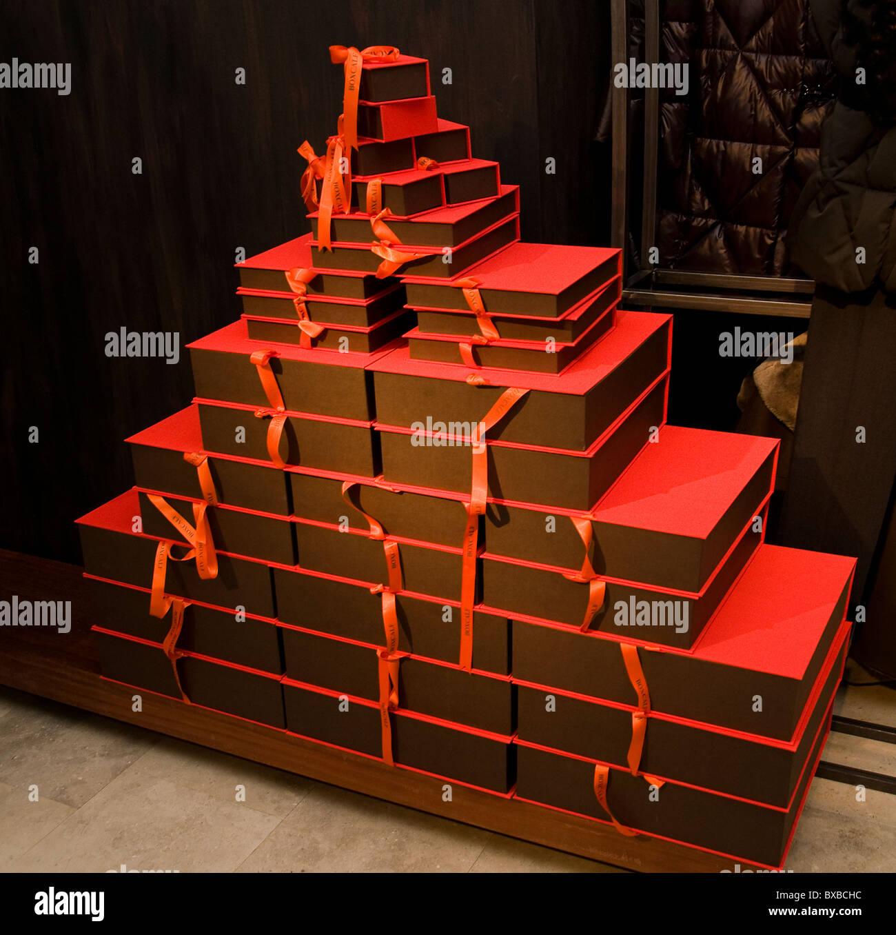 Bilbao Spanien Spanisch baskischen Landhausmode cool Paket Gehäuse rote Box Case Geschenk Stockbild