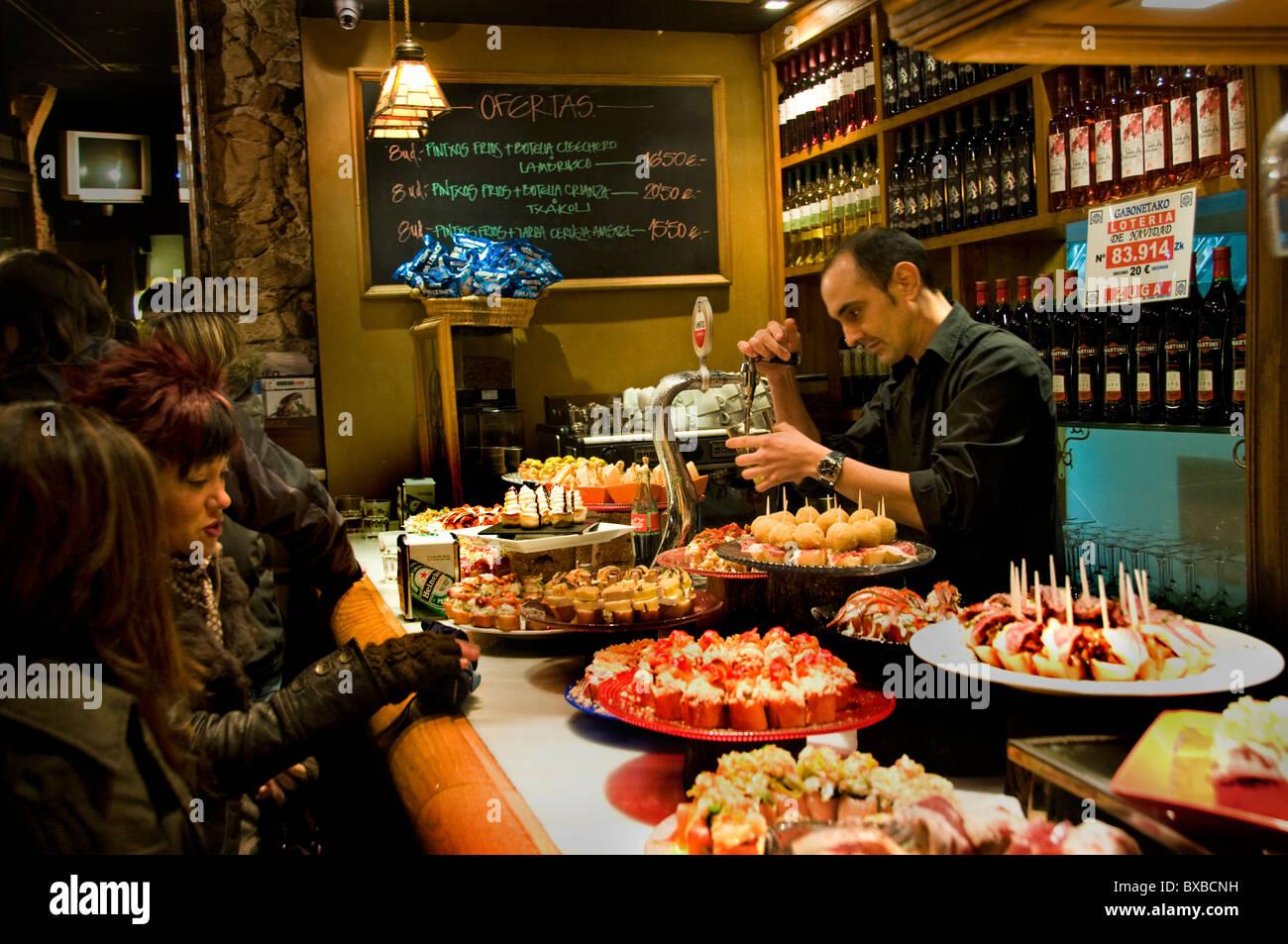 Plaza Nueva Bilbao Spanien Restaurant Bar Pub Cafe Tapas Pinchos ...