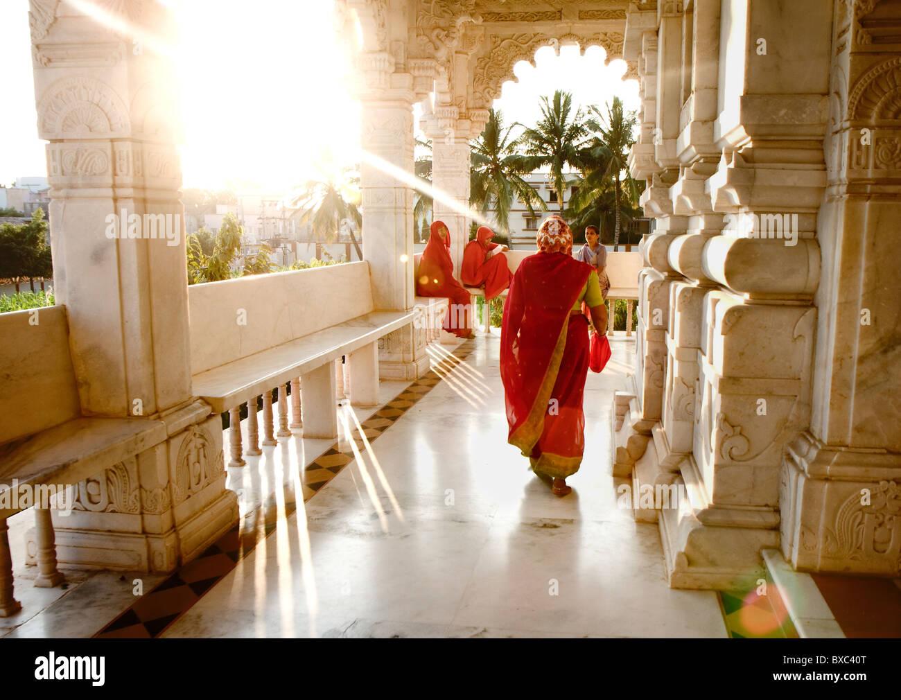Schöne Landschaft in einem Tempel in Mandvi, Gujarat, Indien Stockbild