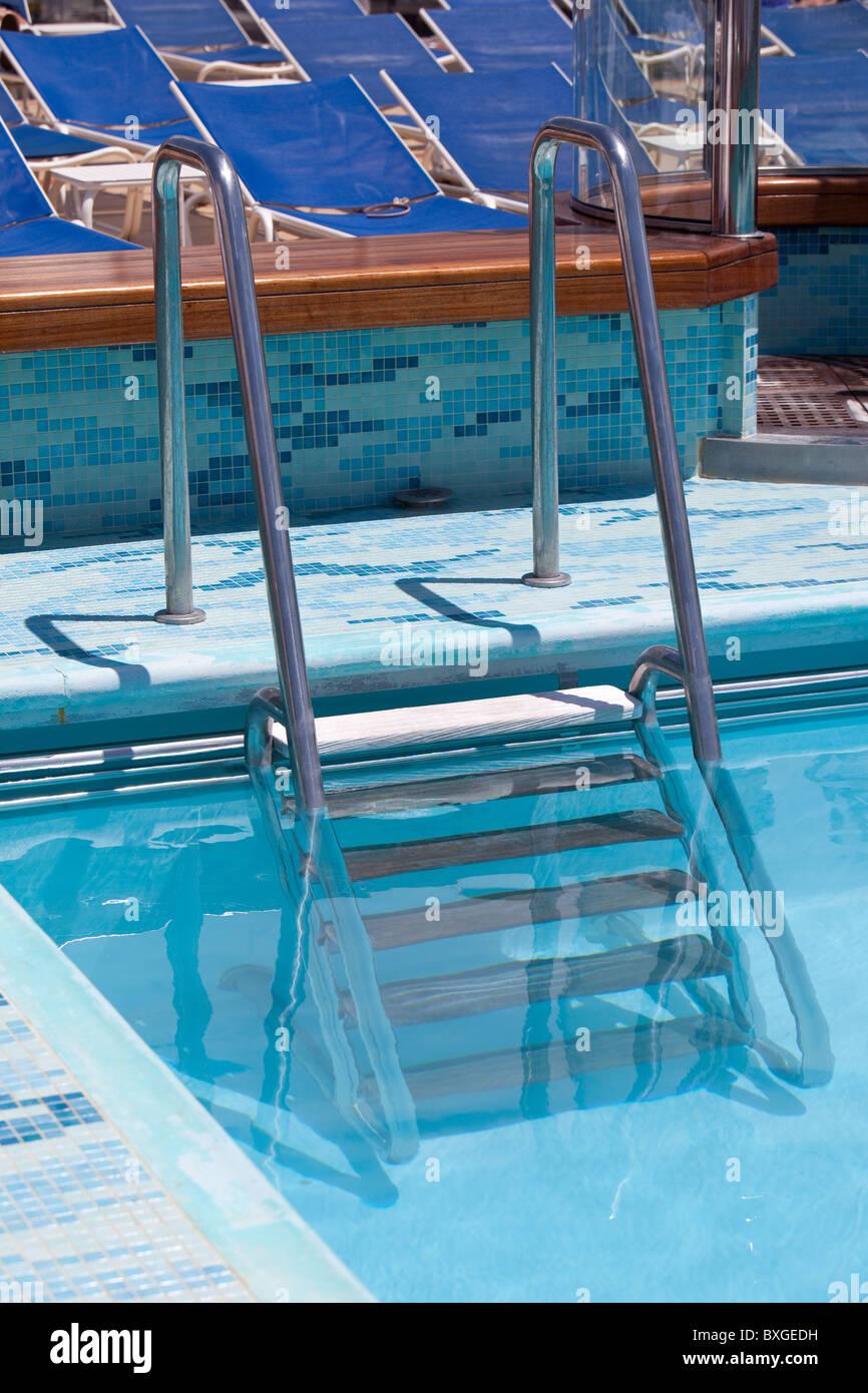 Schritte Ins Schwimmbad Cunard Liner Queen Victoria Stockbild